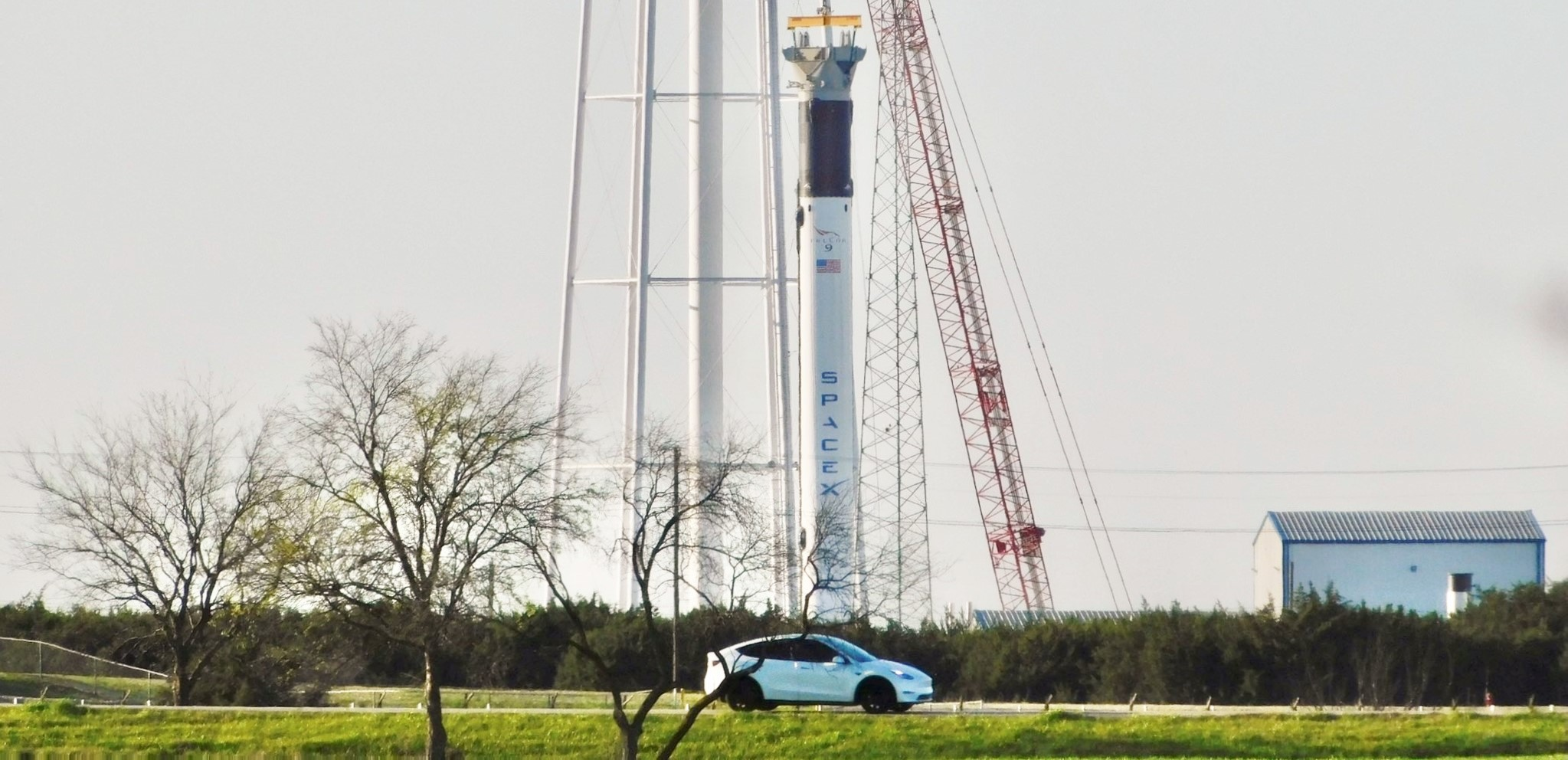 Falcon 9 B1067 vertical McGregor TX 032721 (Reagan – bluemoondance74) Tesla Model Y 1 crop