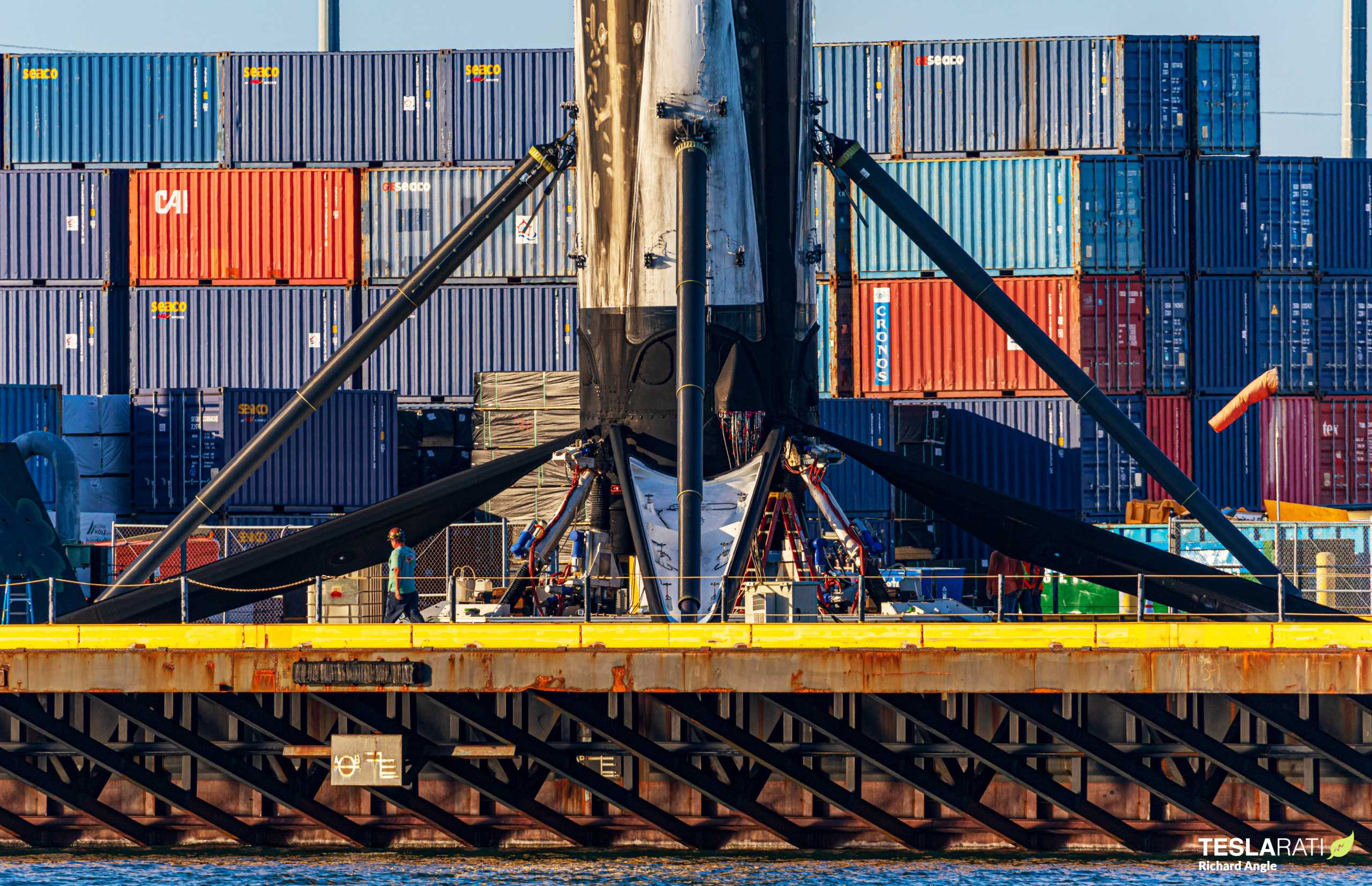 Starlink-20 Falcon 9 B1058 031421 (Richard Angle) port return 2 crop (c)