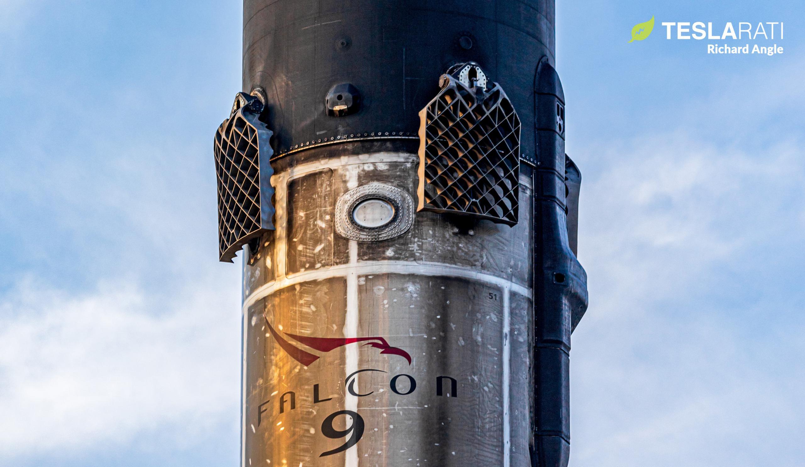 Starlink-21 Falcon 9 B1051 031621 (Richard Angle) port return 3 crop 2 (c)