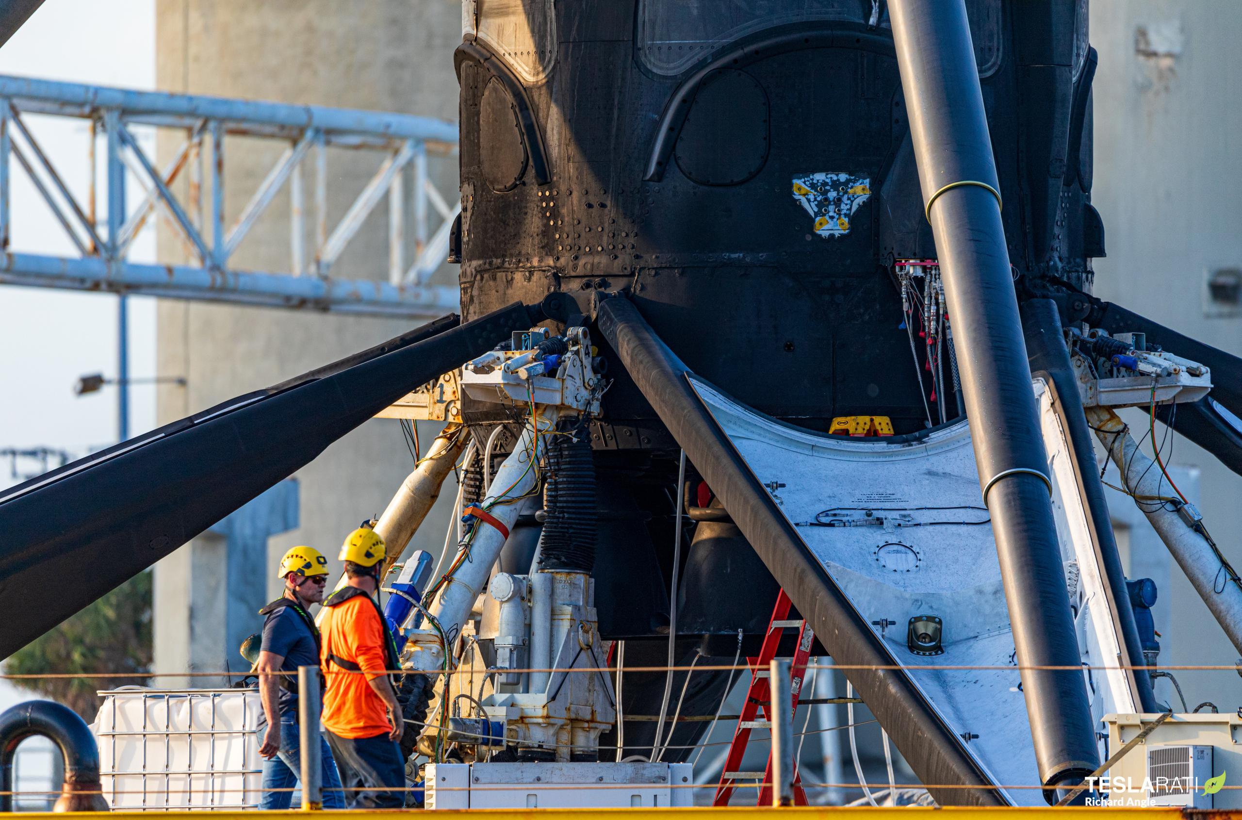 Starlink-21 Falcon 9 B1051 031621 (Richard Angle) port return 4 (c)