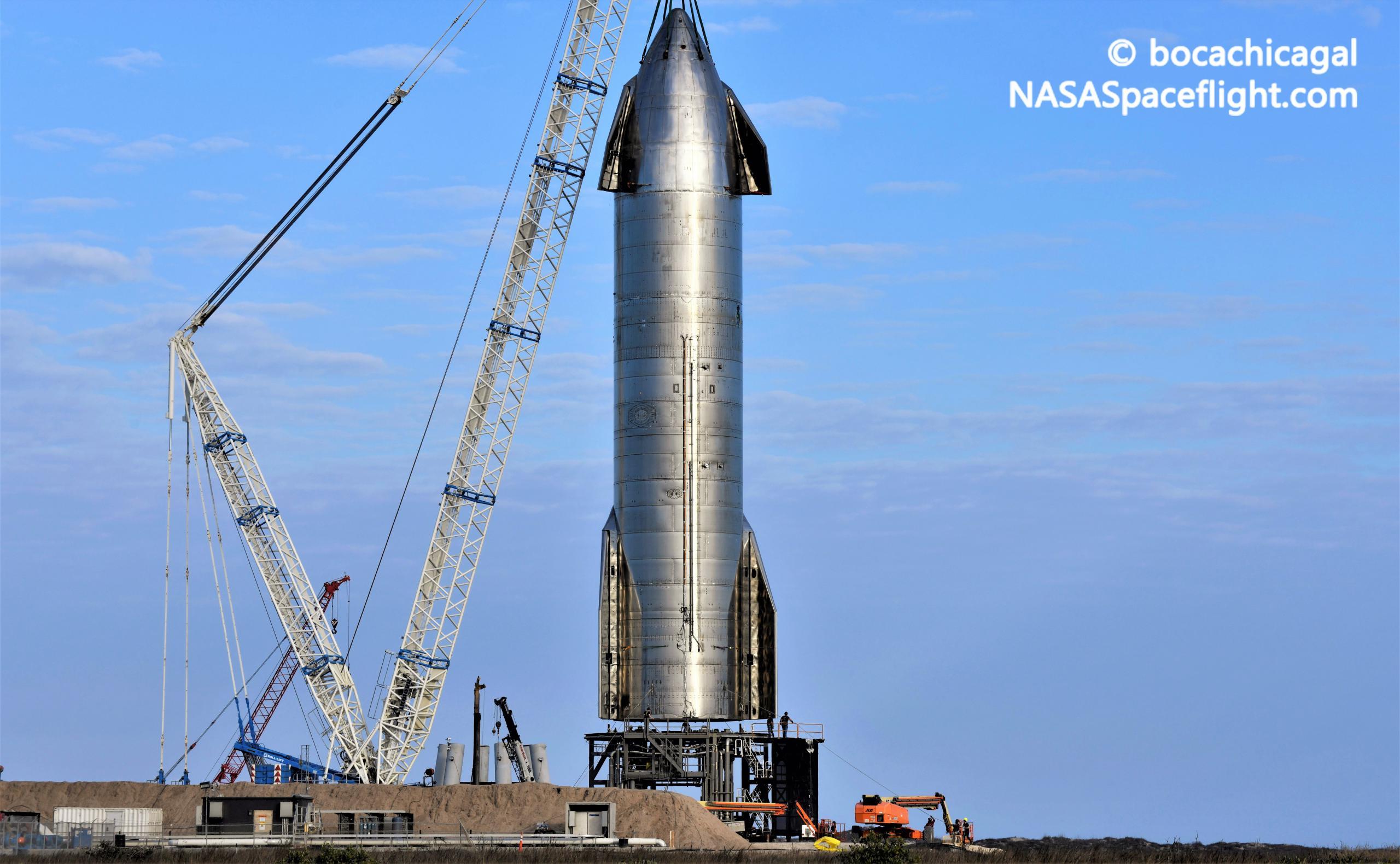 Starship Boca Chica 030821 (NASASpaceflight – bocachicagal) SN11 pad install 1 crop (c)
