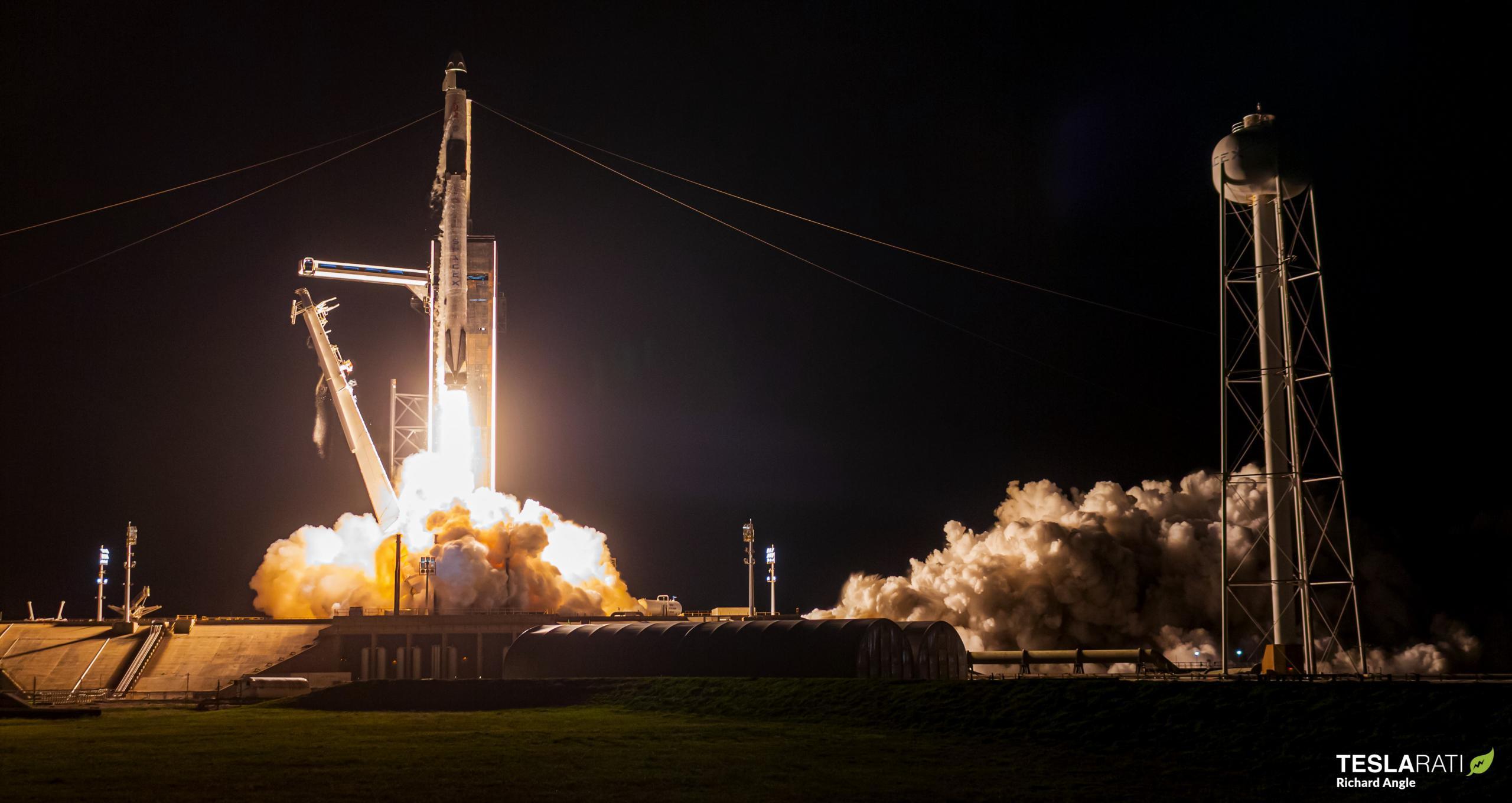 Crew-2 Crew Dragon C206 Falcon 9 B1061 39A 042321 (Richard Angle) launch 1 crop (c)