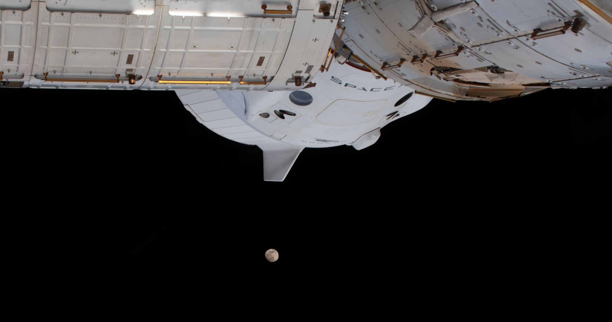 Crew Dragon C207 Crew-1 ISS 012621 (NASA) Moon eclipse 7 crop (c)