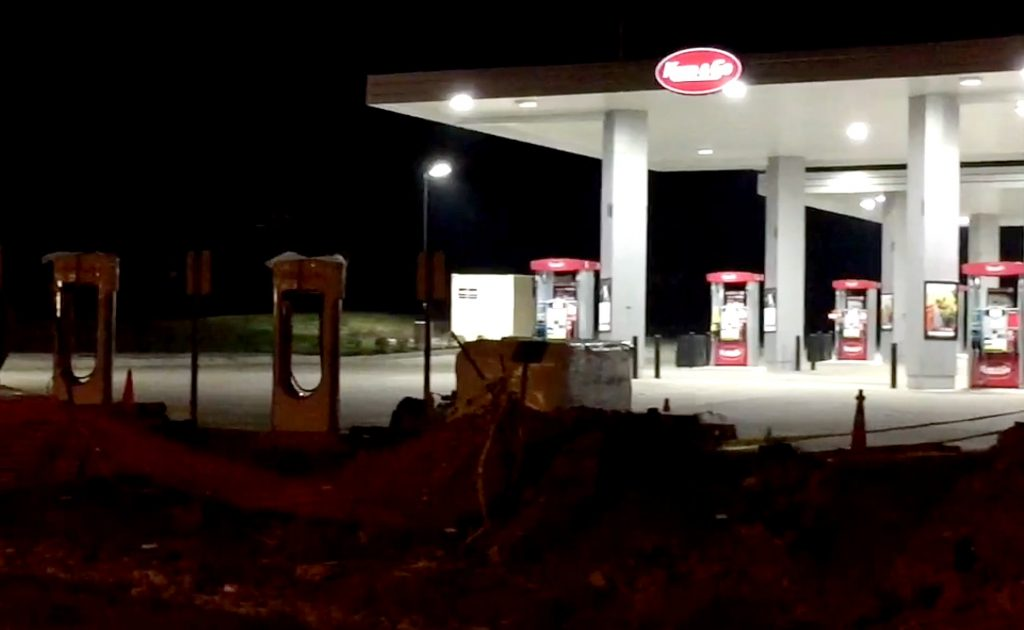photo of Tesla Superchargers to join gas pumps in fuel retailer chain Kum & Go's I-44 outlet image