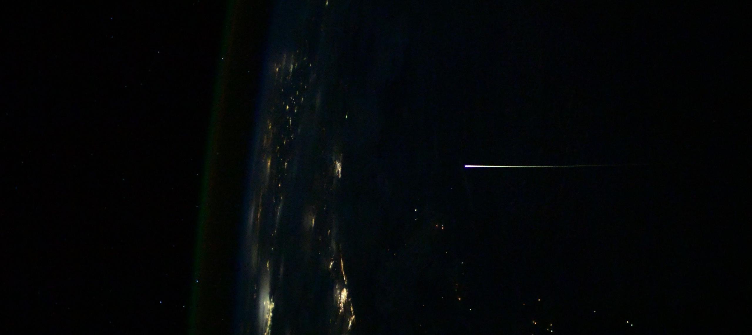 Crew Dragon C207 Crew-1 reentry 050221 (Thomas Pesquet – ESA) 1 crop (c)