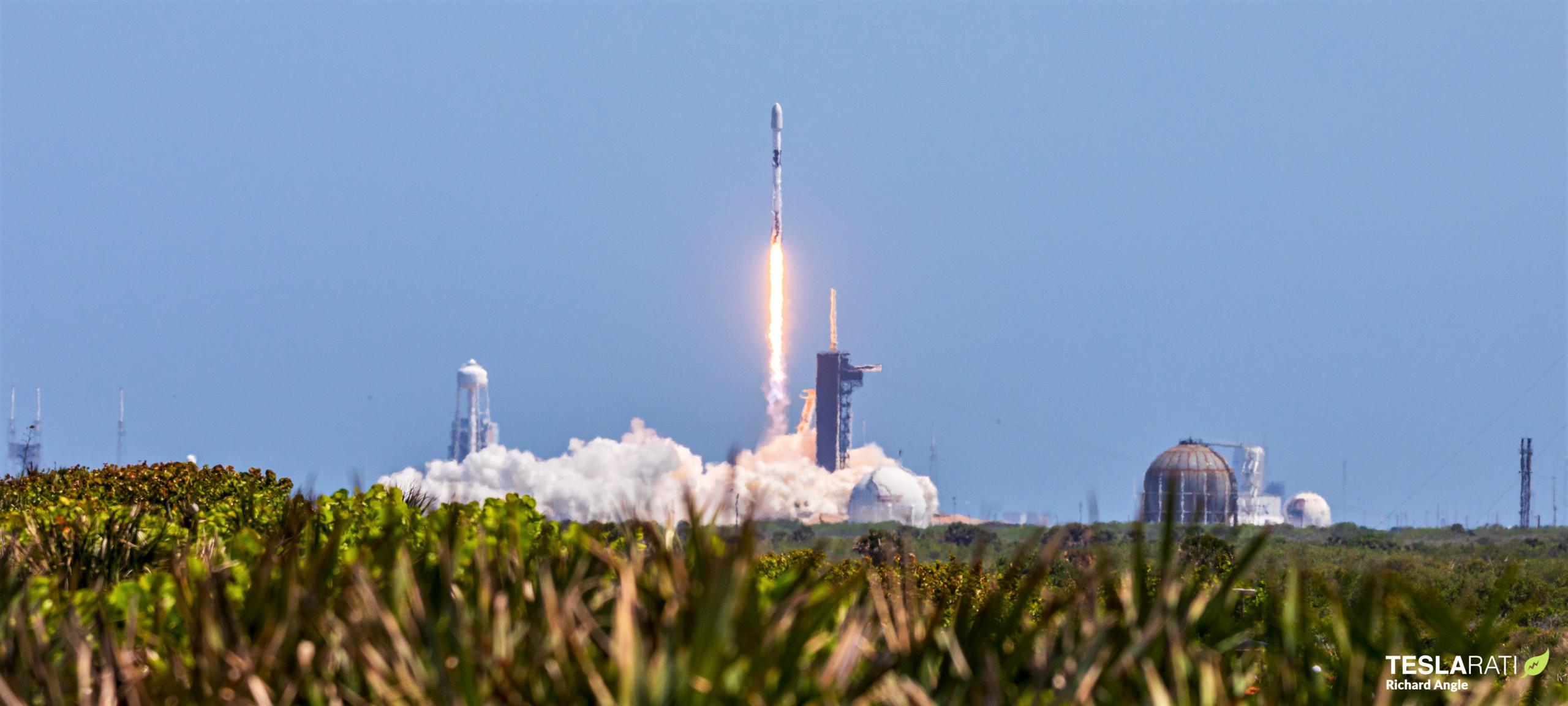 Starlink-25 Falcon 9 B1049 LC-39A 050421 (Richard Angle) 1 (c)