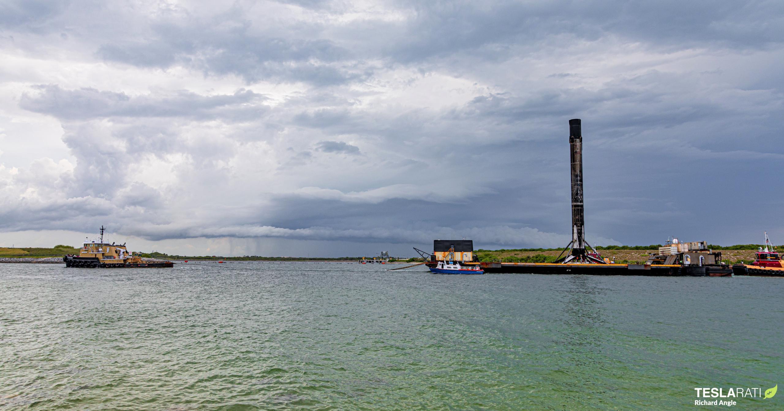 Starlink-27 Falcon 9 B1051 051221 (Richard Angle) port return 3 crop (c)