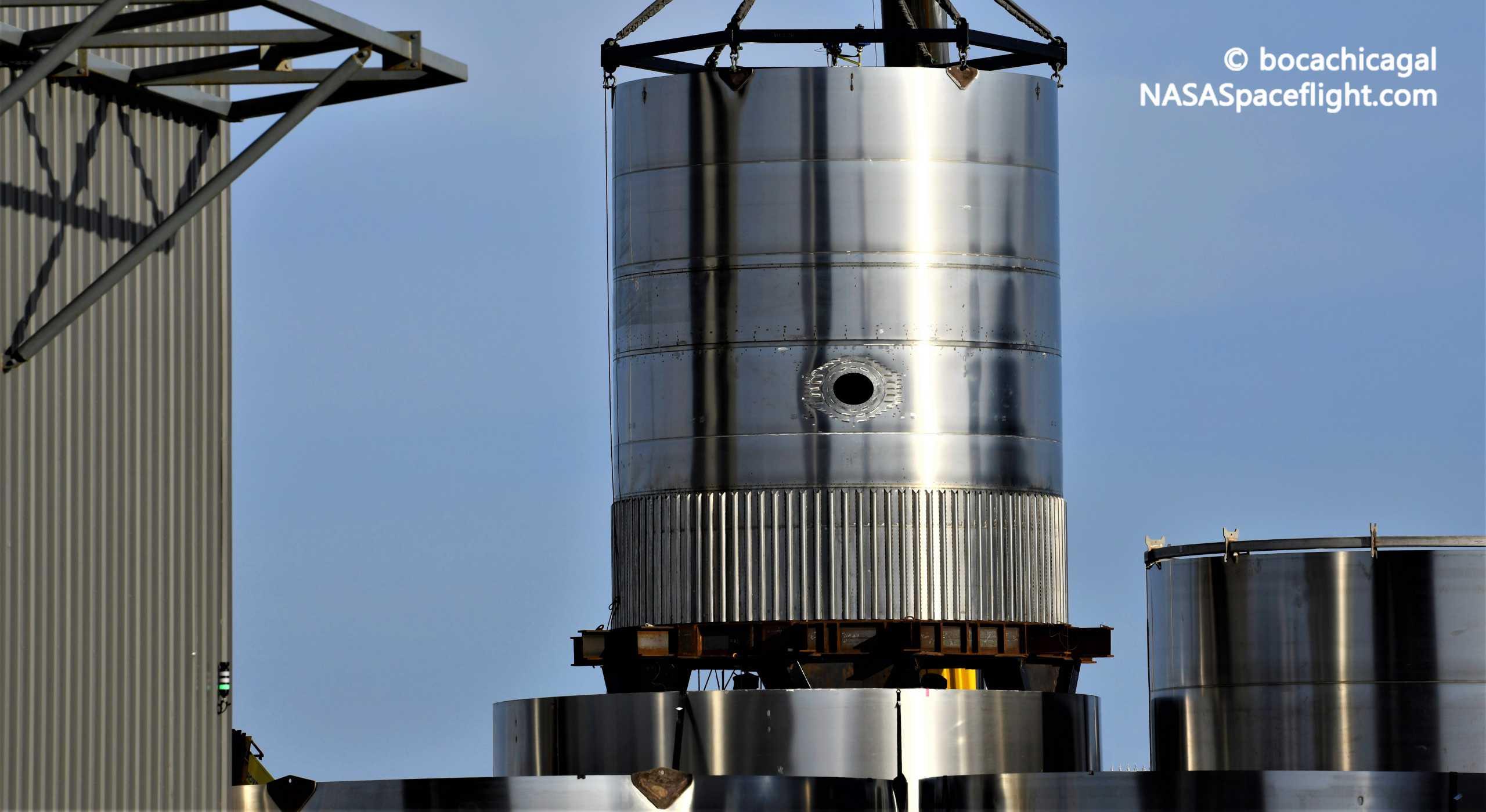 Starship Boca Chica 053121 (NASASpaceflight – bocachicagal) BN2.1 booster test tank 1 crop (c)