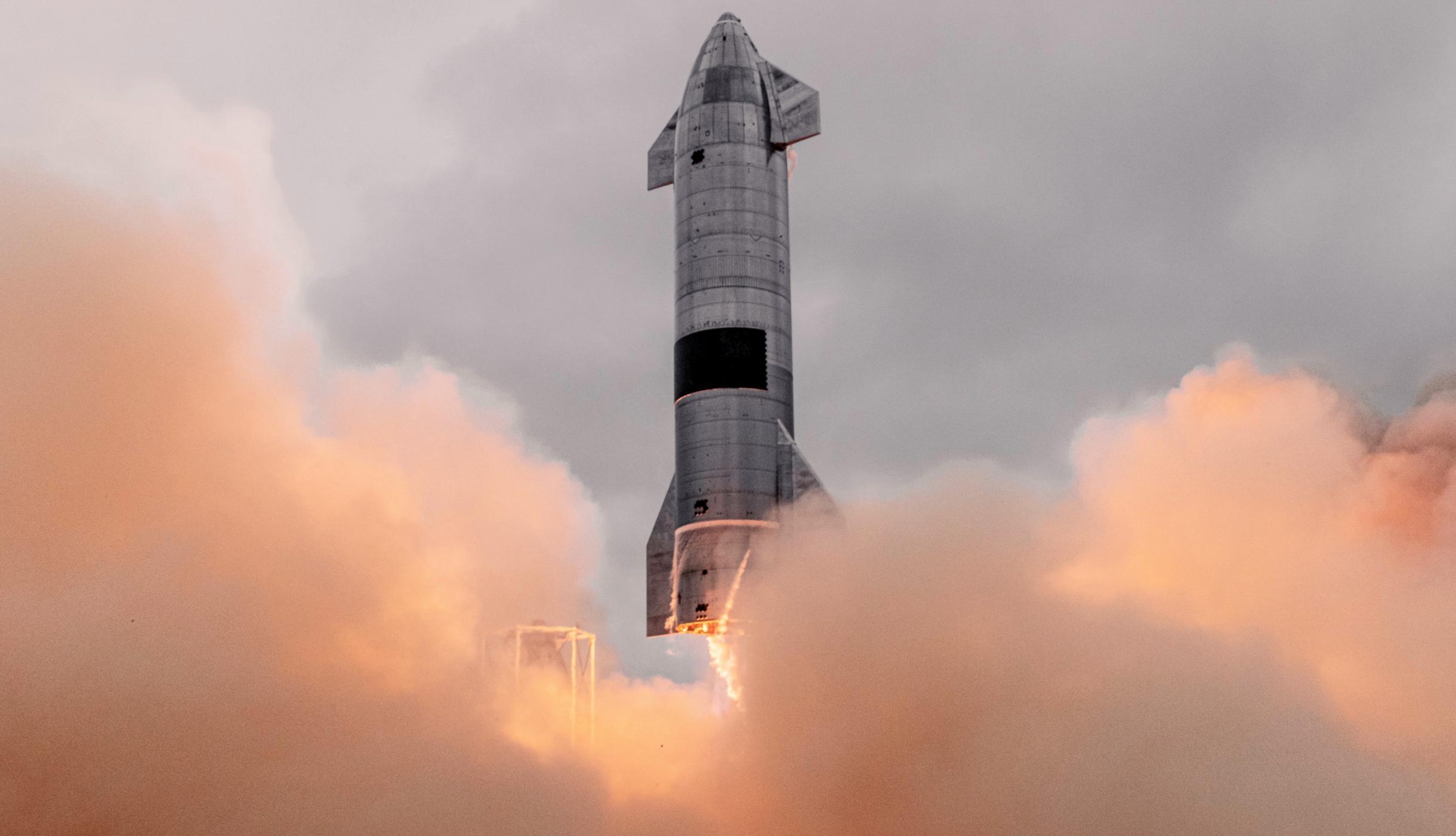 Starship SN15 10km flight test 050521 (SpaceX) launch 1 edit (c)
