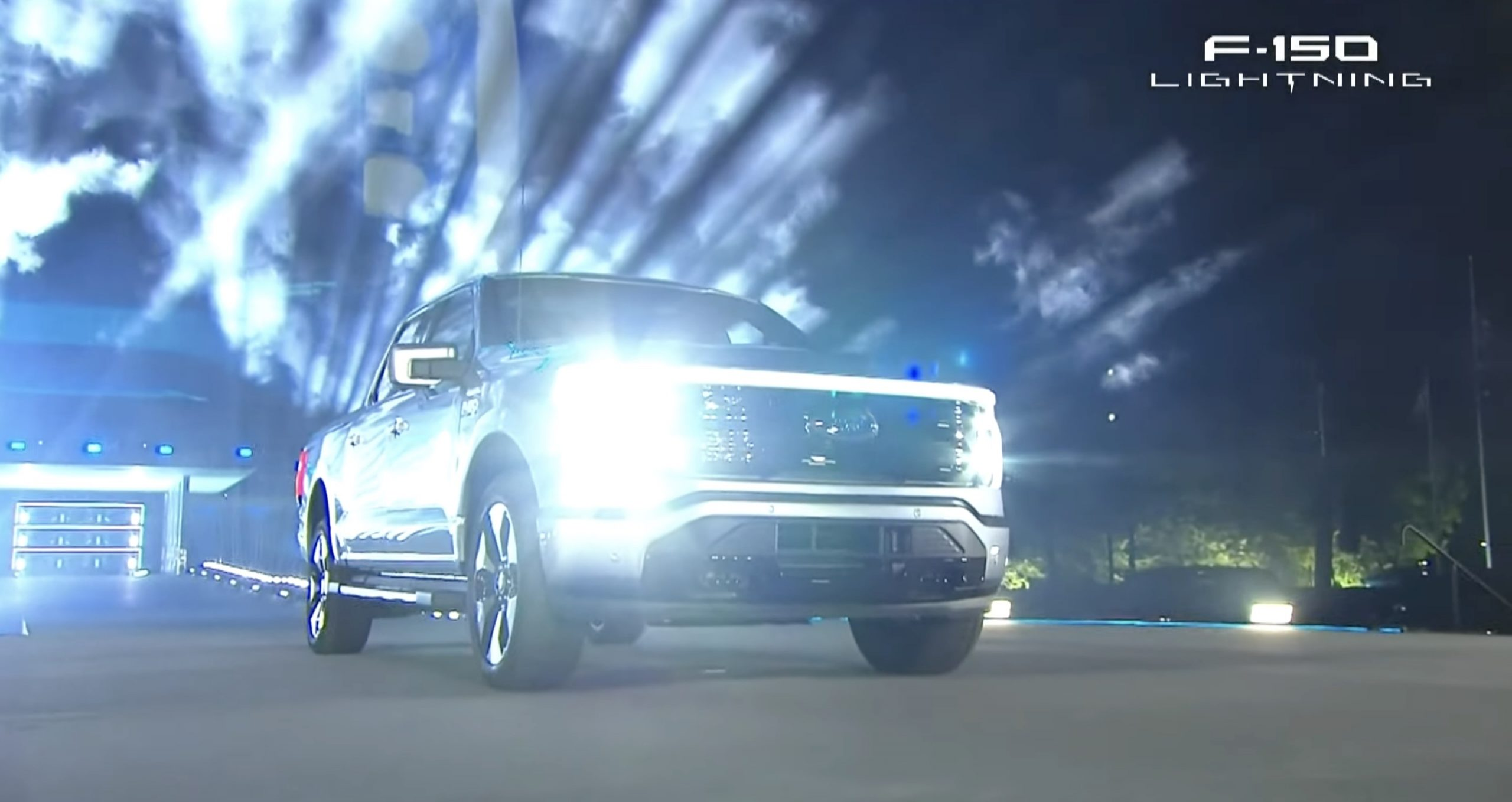ford-f-150-lighting-unveiling