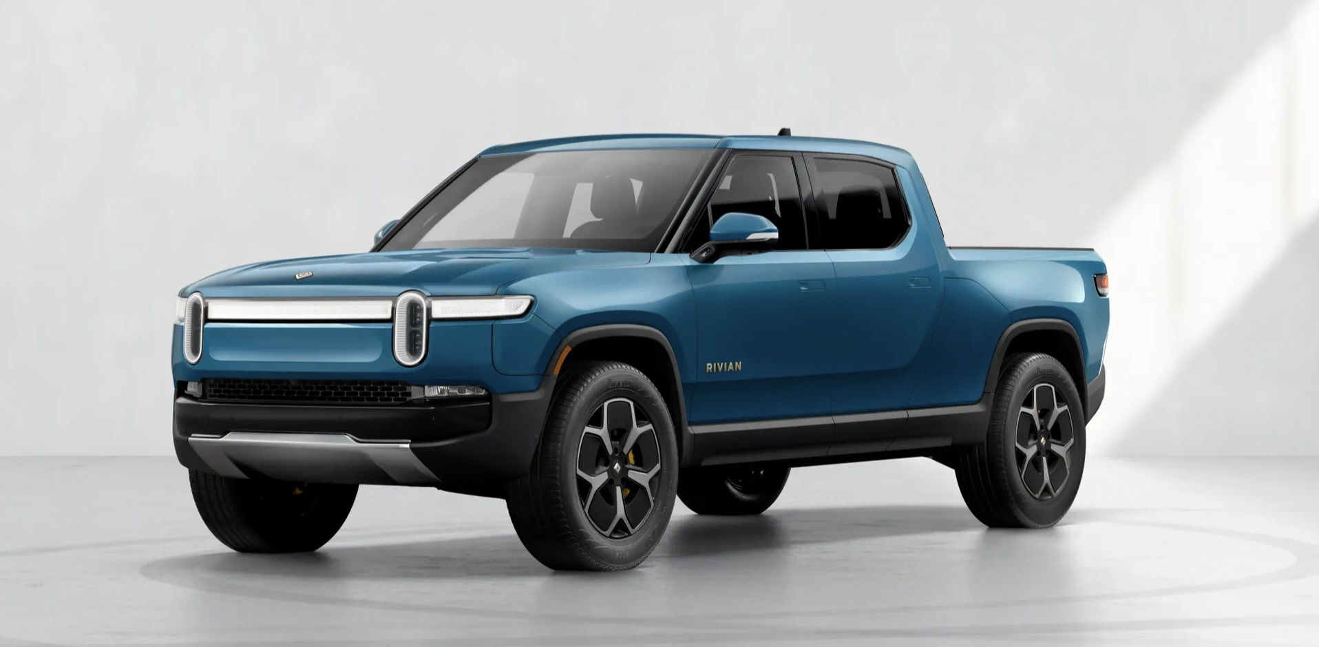 rivian-guides-r1t-customer-deliveries-update