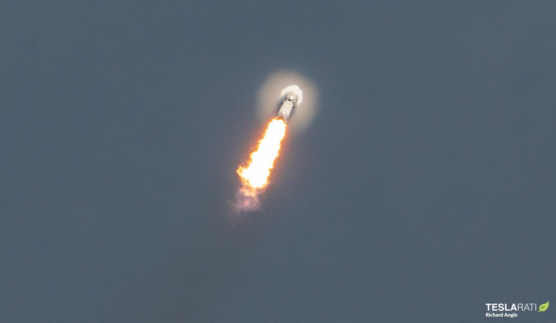 GPS III SV05 Falcon 9 B1062 LC40 061721 (Richard Angle) launch 1 crop (c)