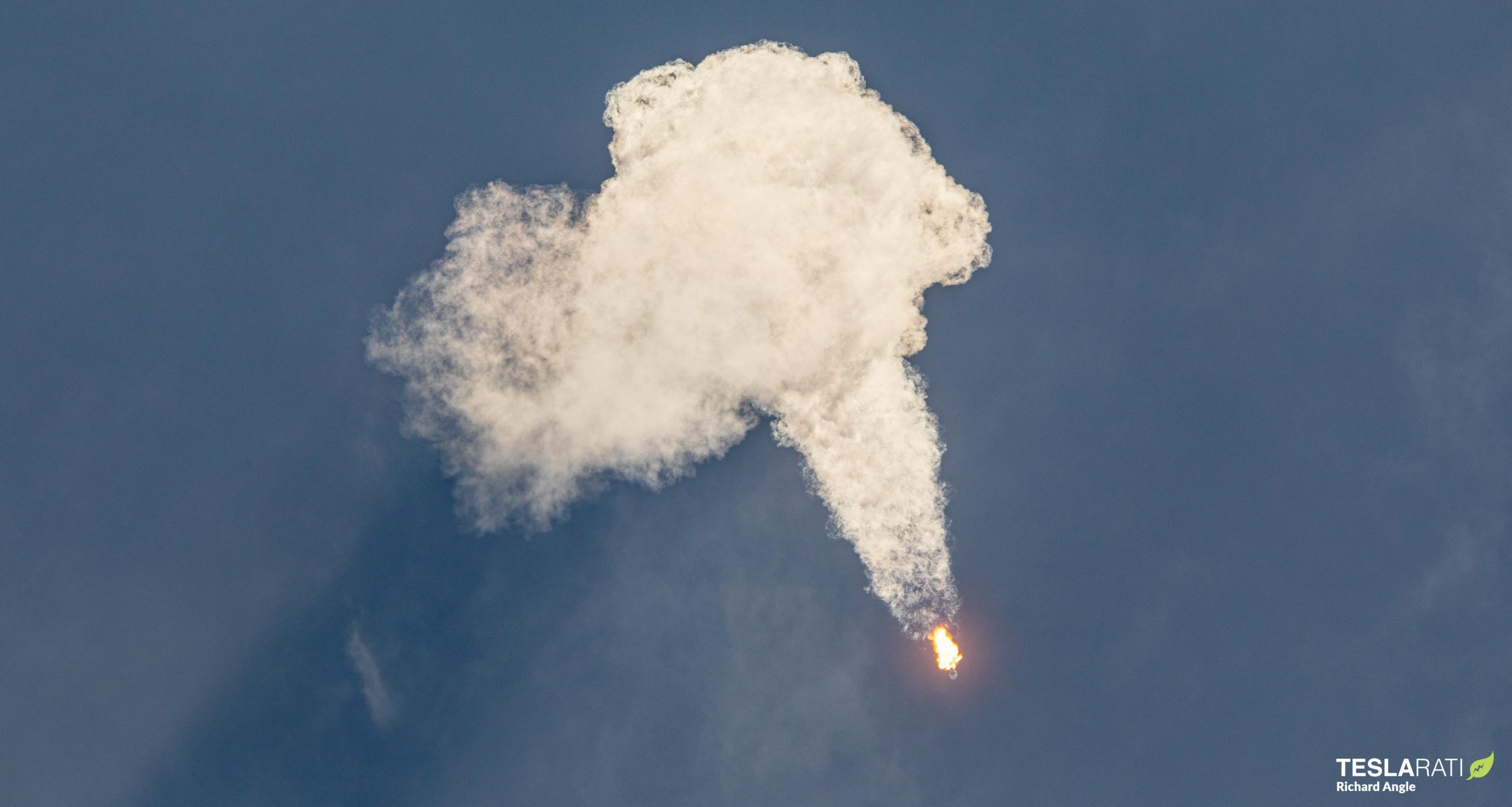 GPS III SV05 Falcon 9 B1062 LC40 061721 (Richard Angle) launch 2 crop (c)