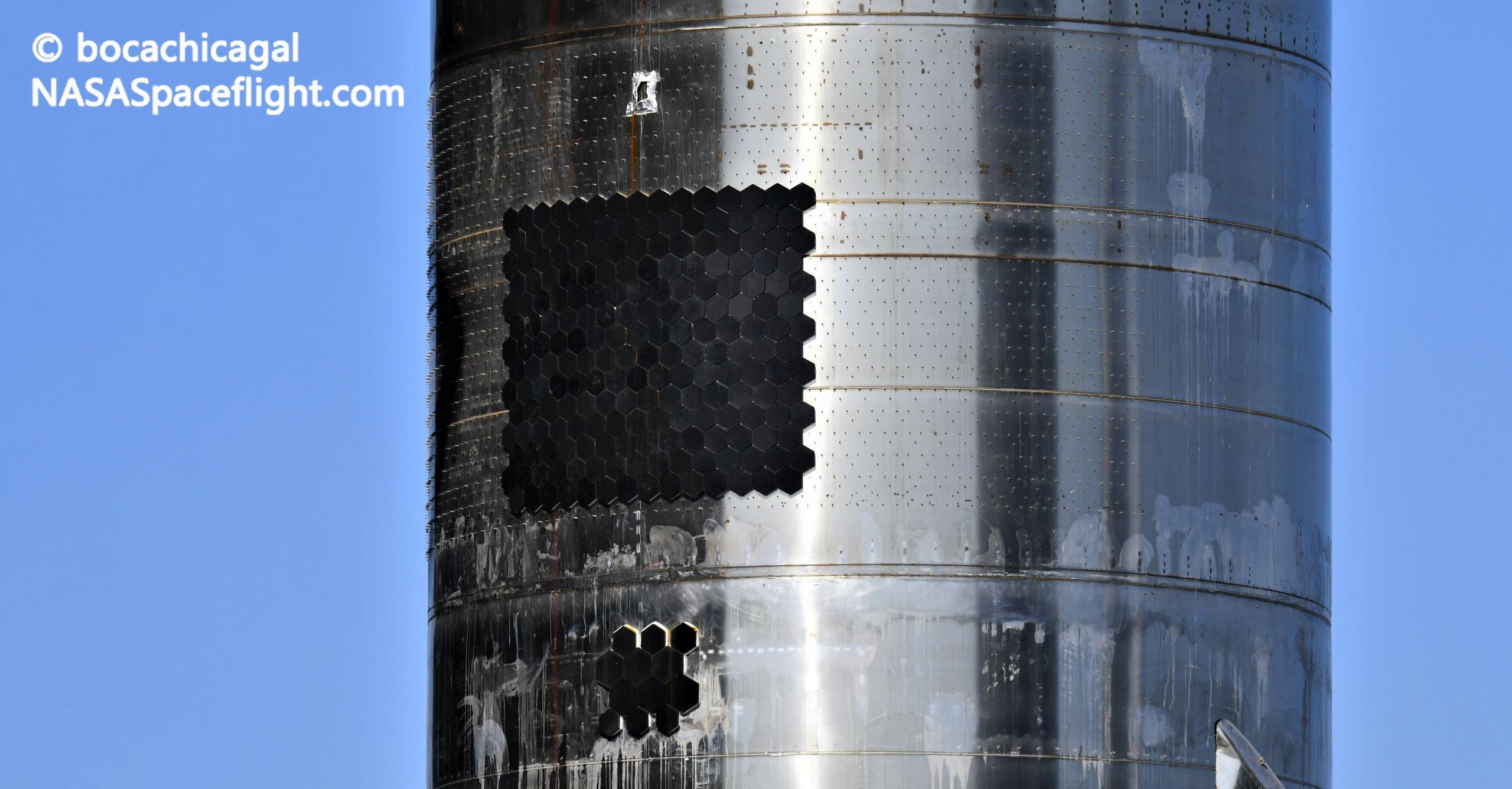 Starship Boca Chica 012921 (NASASpaceflight – bocachicagal) SN10 heat shield 1 crop (c)