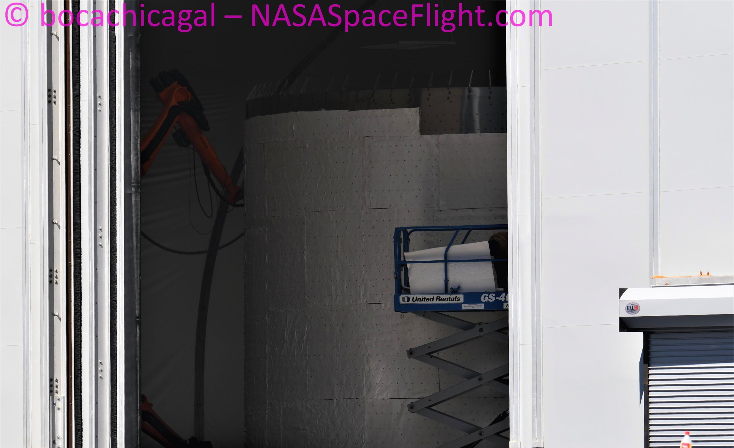 Starship Boca Chica 021921 (NASASpaceflight – bocachicagal) full heat shield install prep 2 crop (c)