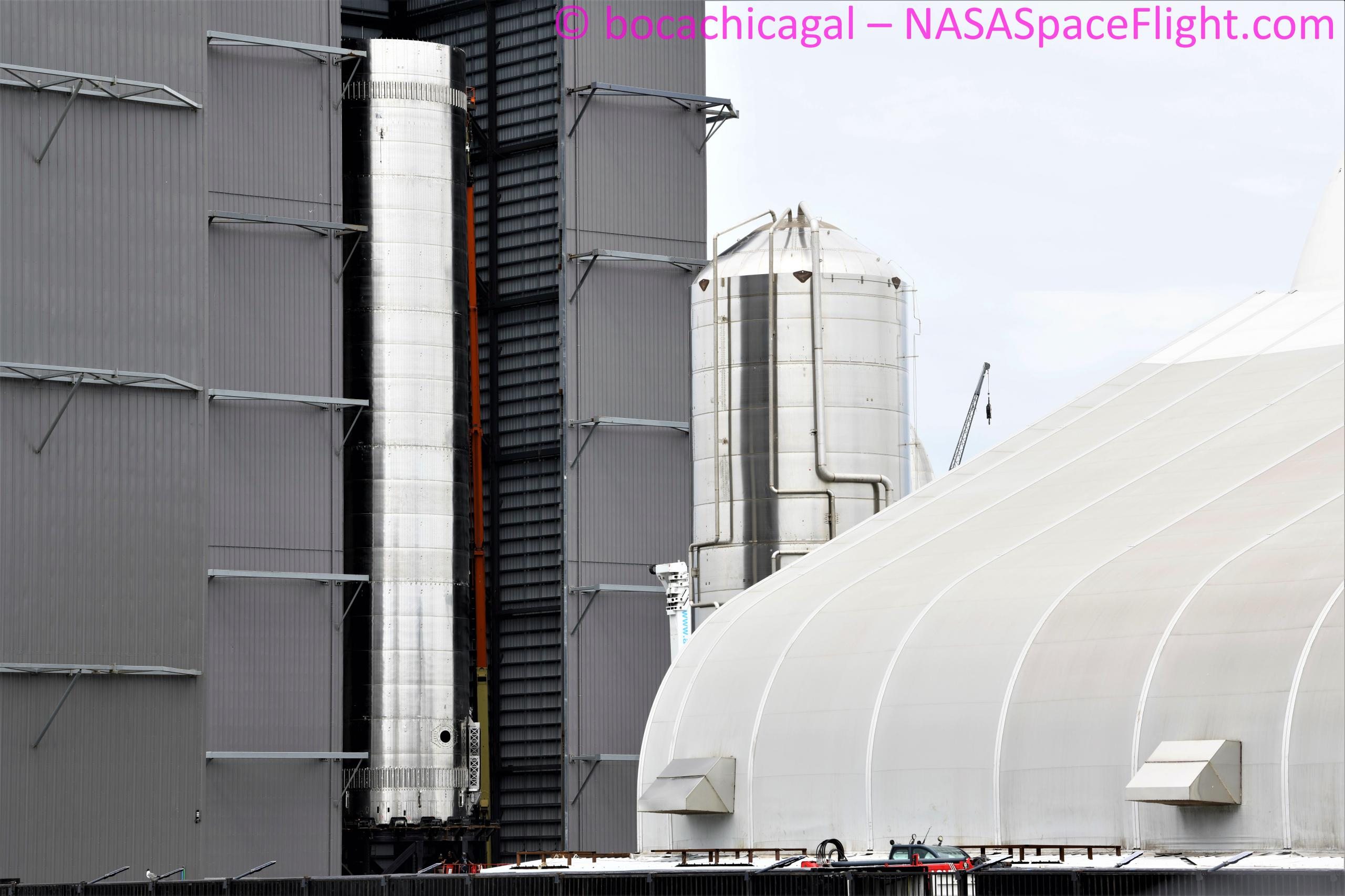 Starship Boca Chica 062921 (NASASpaceflight – bocachicagal) B3 final stack 4 (c)