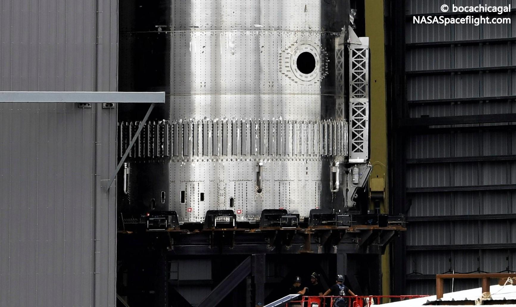 Starship Boca Chica 062921 (NASASpaceflight – bocachicagal) B3 final stack 4 crop 1 (c)
