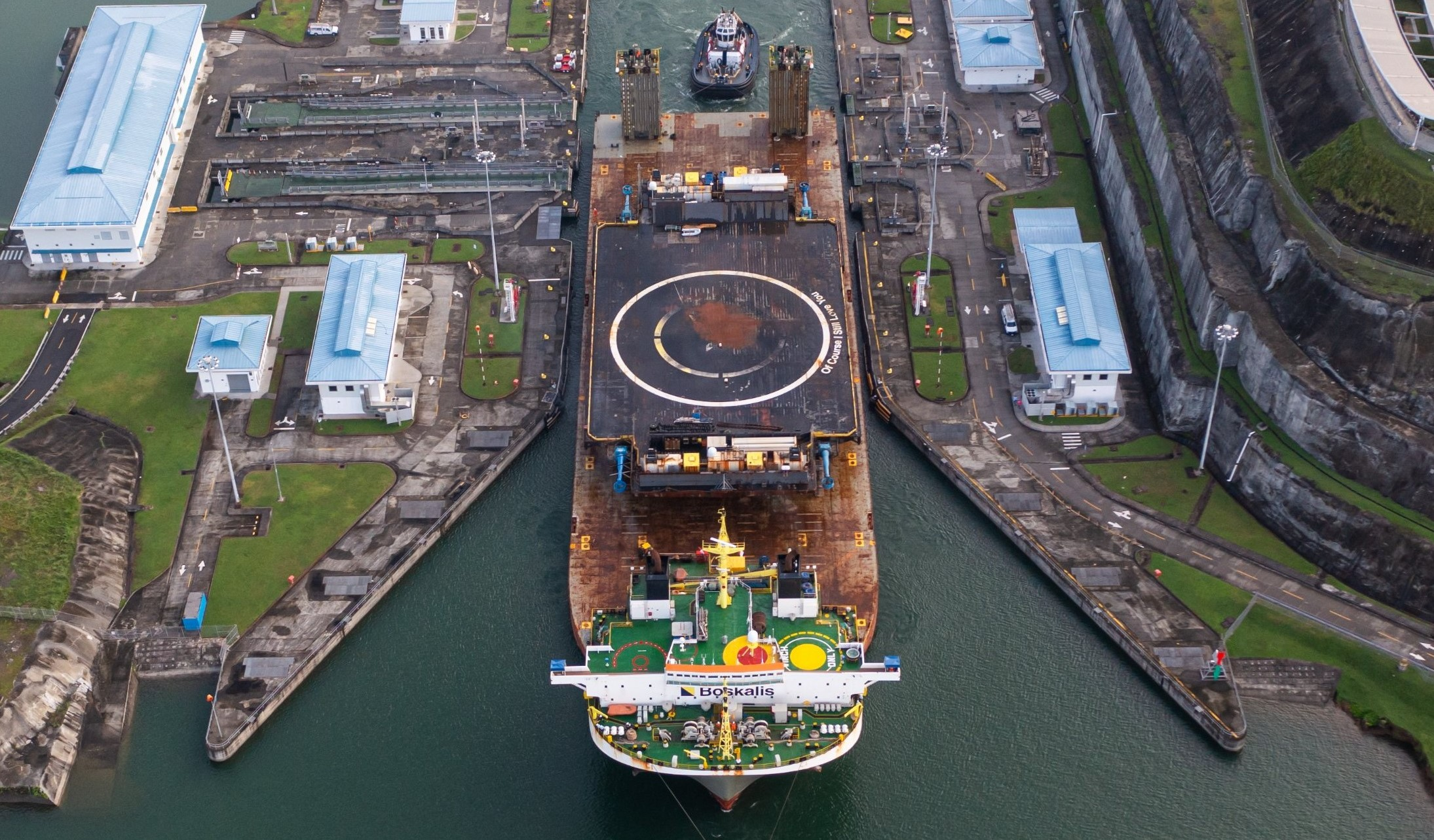 drone ship OCISLY canal transit 062521 (@ThePanamaCanal) 5 crop 2