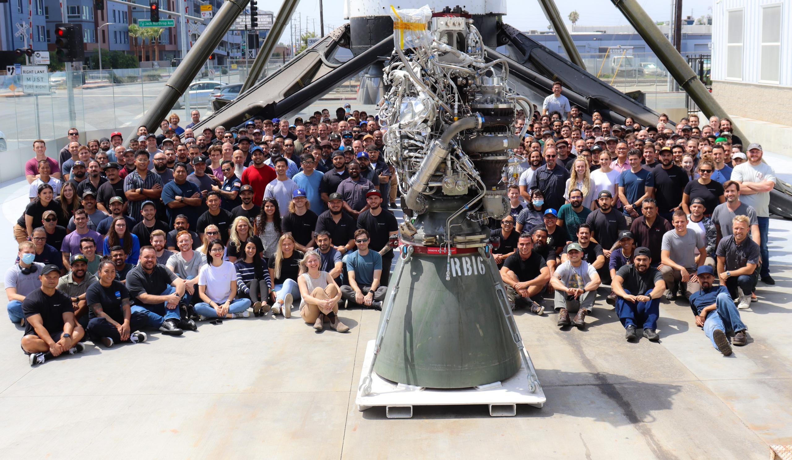RB16 100th Raptor build Hawthorne 072621 (SpaceX) 2 crop (c)
