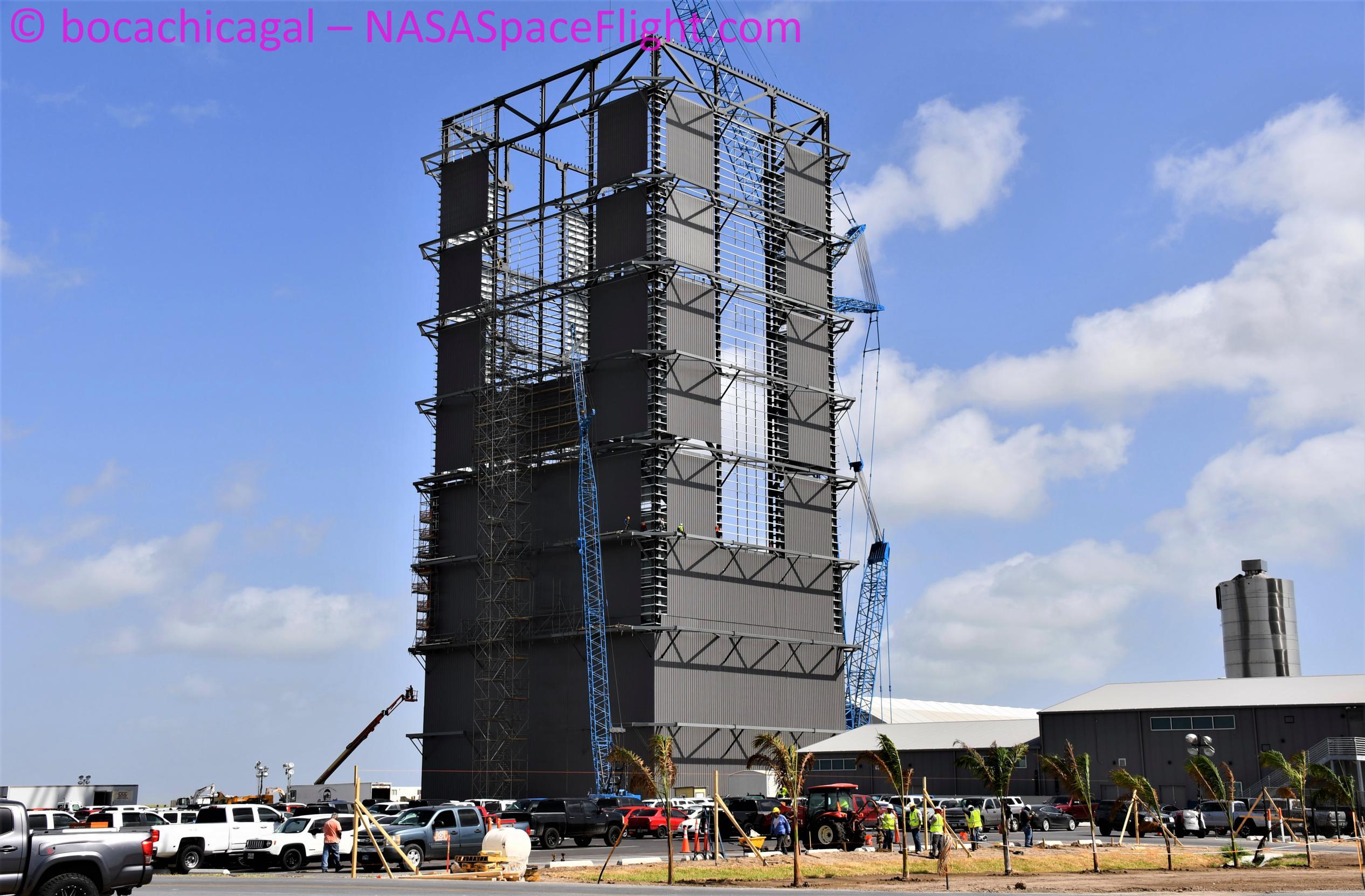 Starship Boca Chica 090220 (NASASpaceflight – bocachicagal) Super Heavy VAB 4 (c)