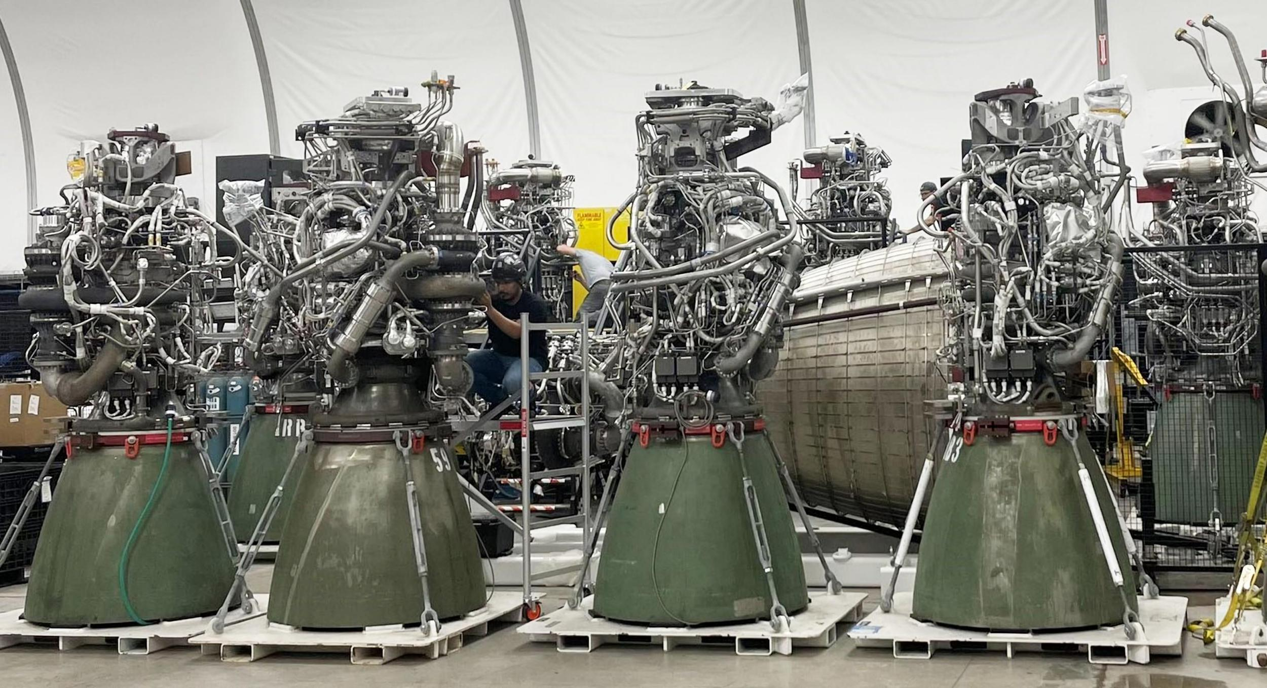 Starship Boca Chica Raptor engines (Elon Musk) 1 crop 2X (c)