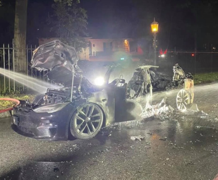 model-s-fire-aftermath