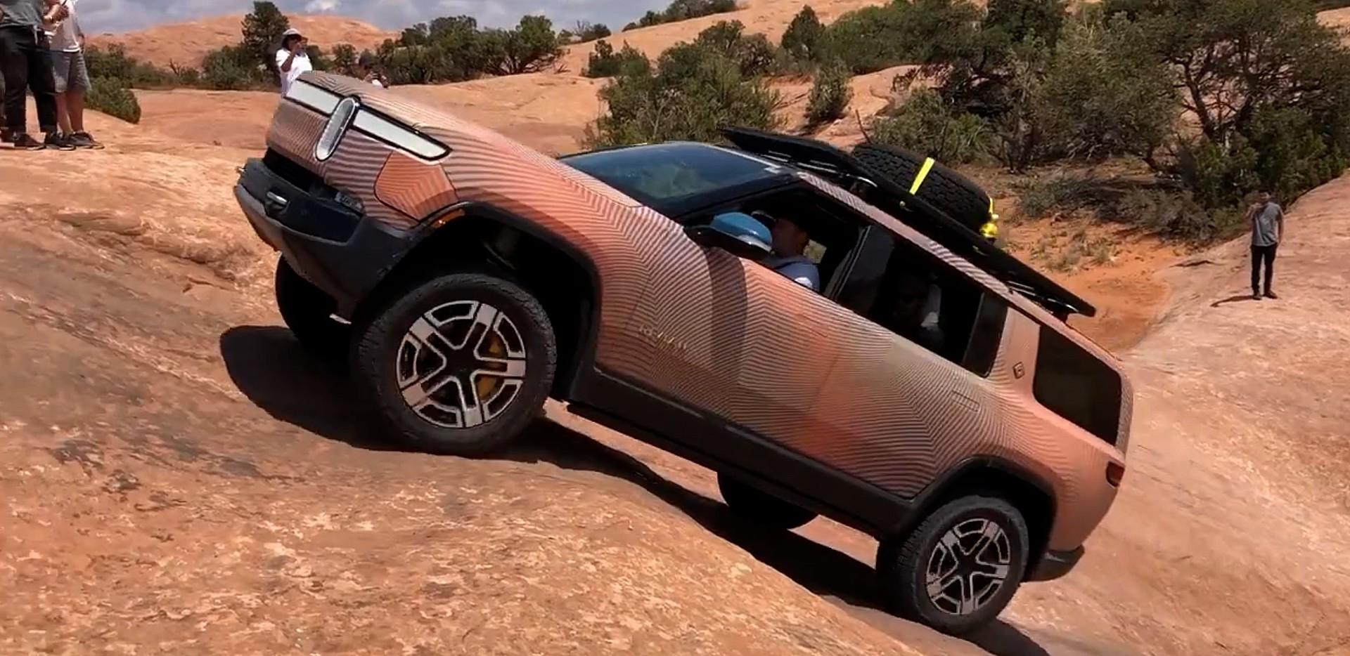 rivian-r1s-moab-scale-climb-video