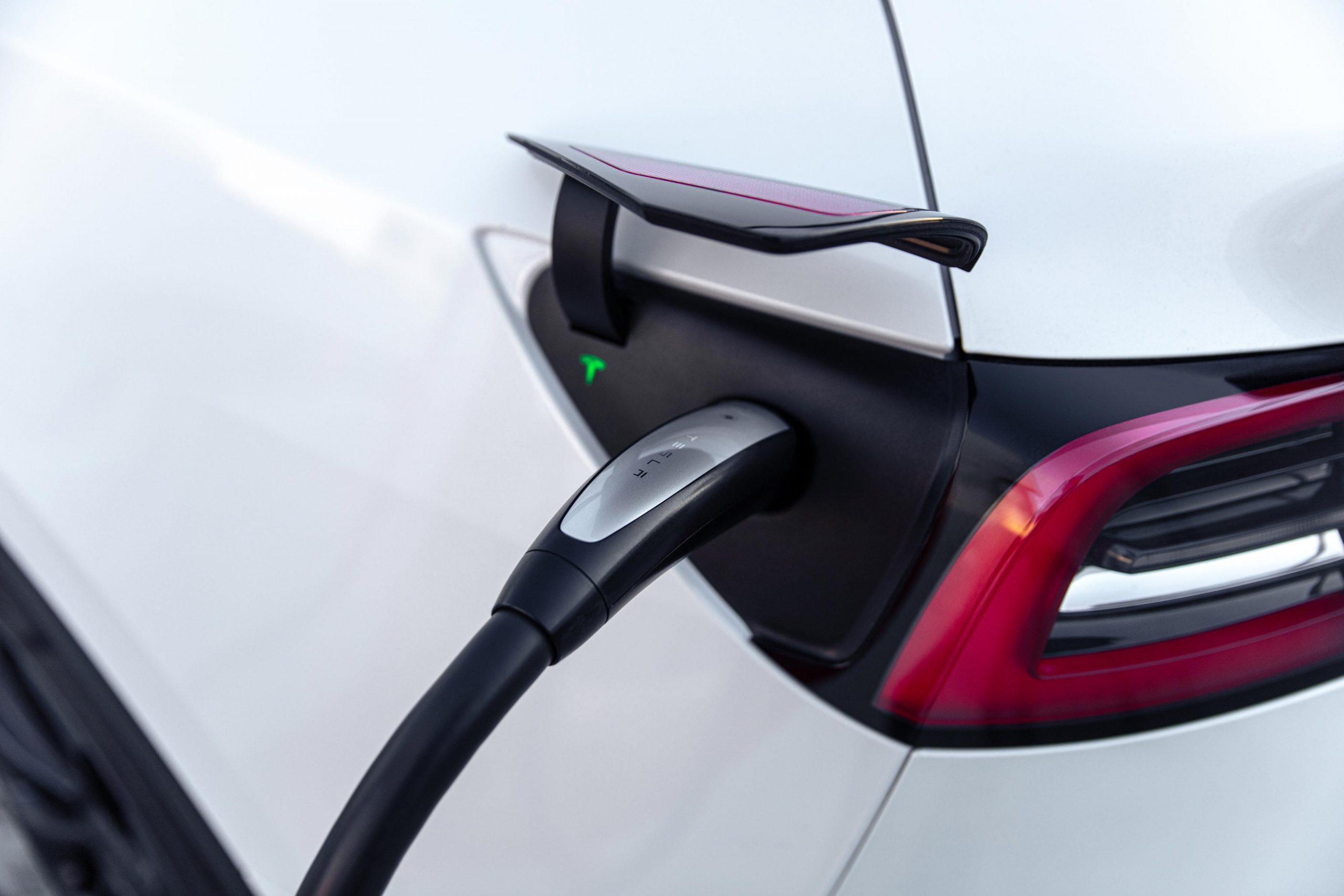 Tesla brings CCS adapter to Korean market, intends North American launch soon