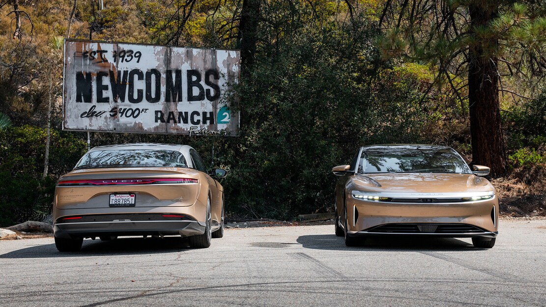 2022-Lucid-Air-Dream-Edition-R-Side-by-Side-Front-and-Rear-Views