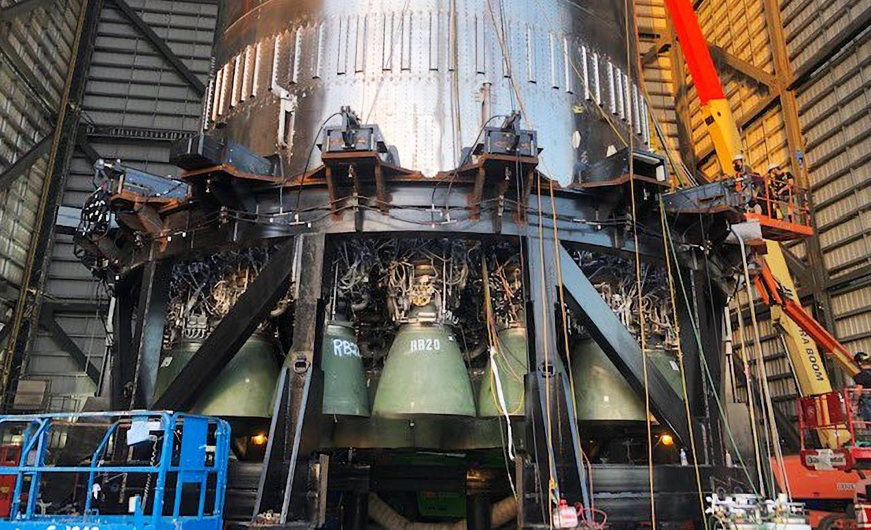Super Heavy Booster 4 080221 (SpaceX) Elon Musk 29 engines 2X crop
