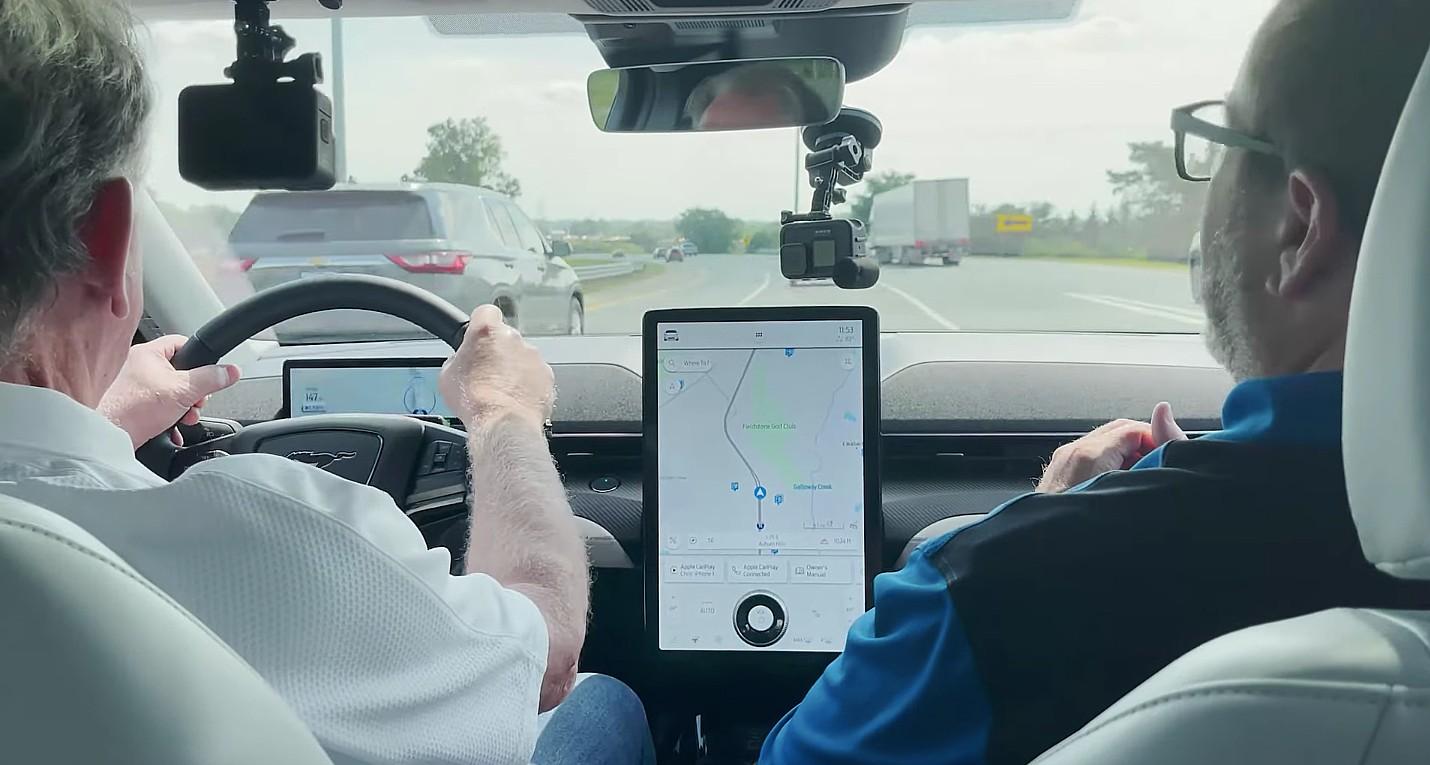 blue-cruise-vs-autopilot