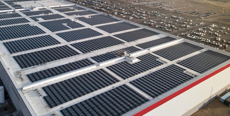 gigafactory-nevada-solar-panels
