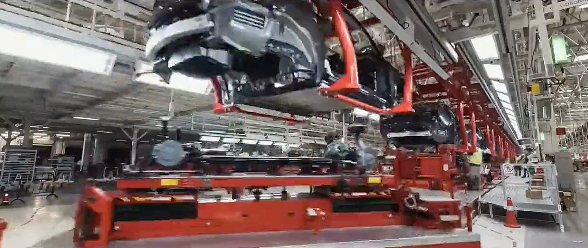 tesla-model-y-giga-shanghai-production-line-video
