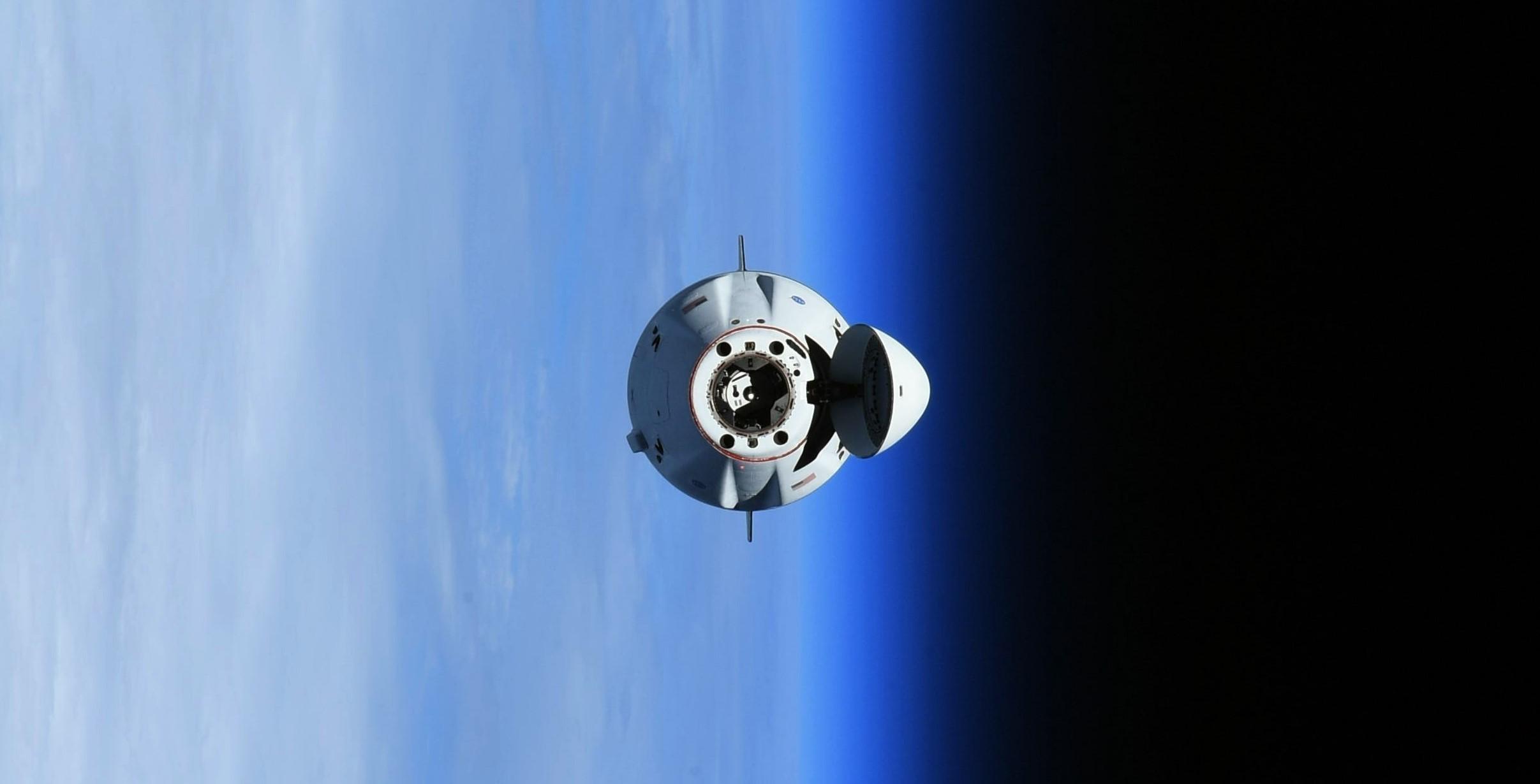 Cargo Dragon 2 C208 CRS-23 ISS arrival 083021 (Thomas Pesquet – ESA) 3 crop 1
