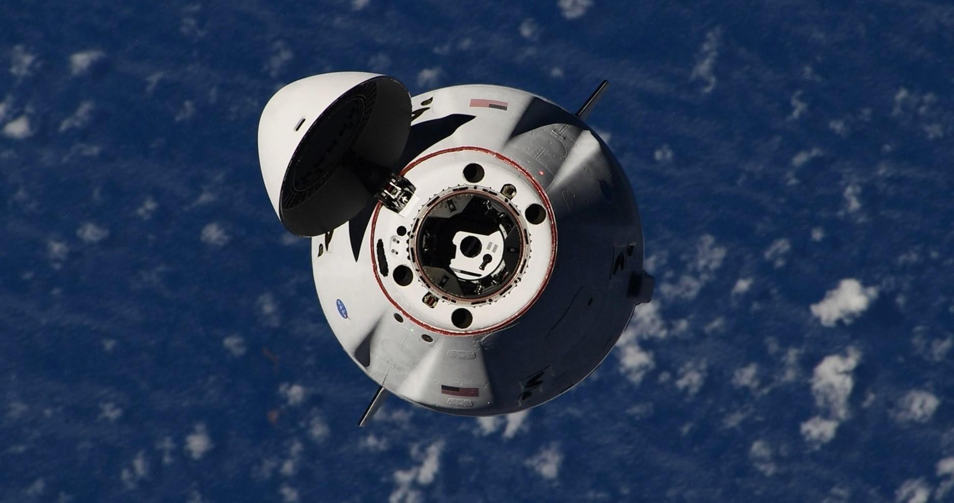 Cargo Dragon 2 C208 CRS-23 ISS arrival 083021 (Thomas Pesquet – ESA) 4 crop