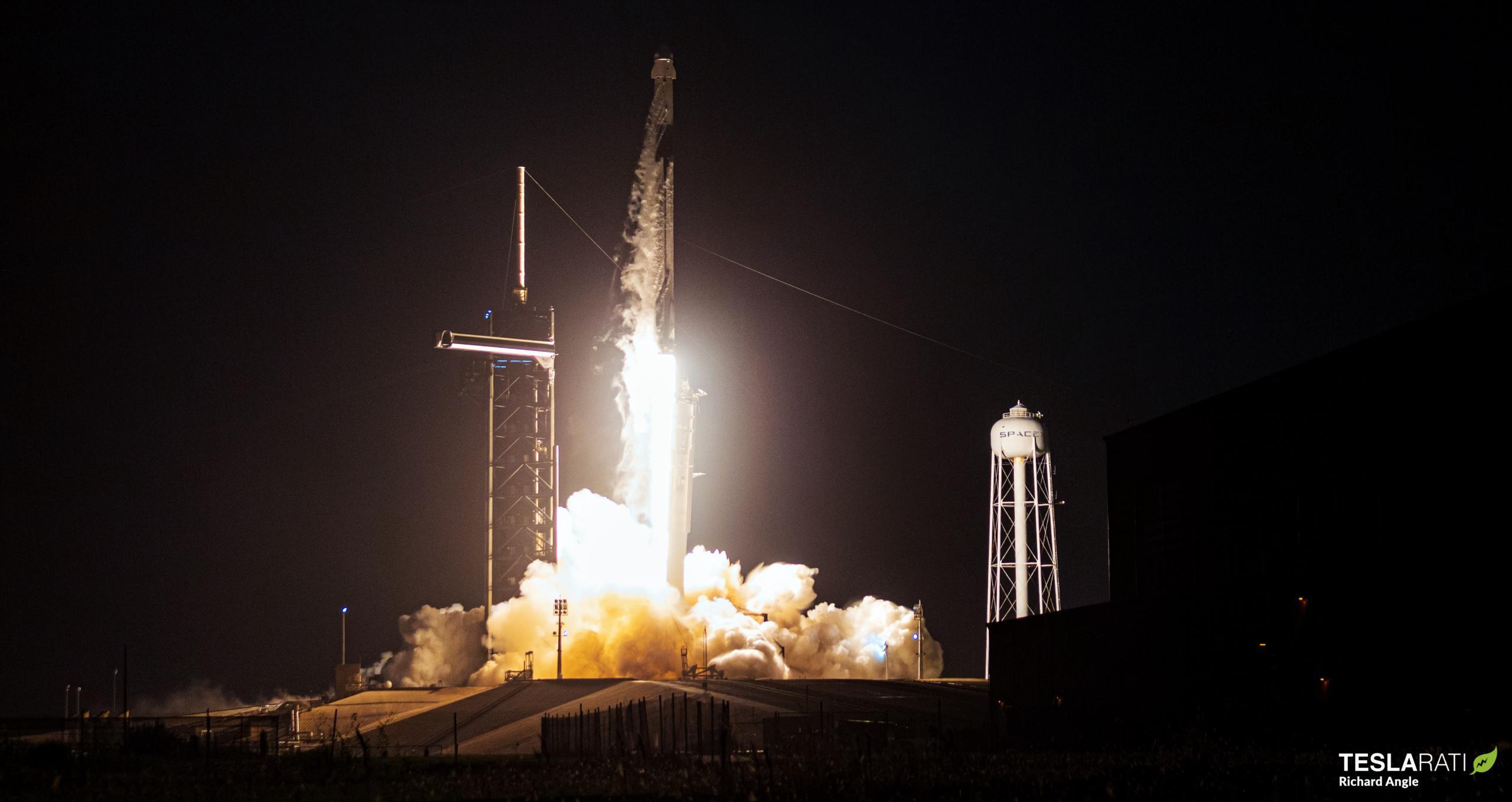 Cargo Dragon 2 CRS-23 Falcon 9 B1061 39A 082921 (Richard Angle) 1 (c)
