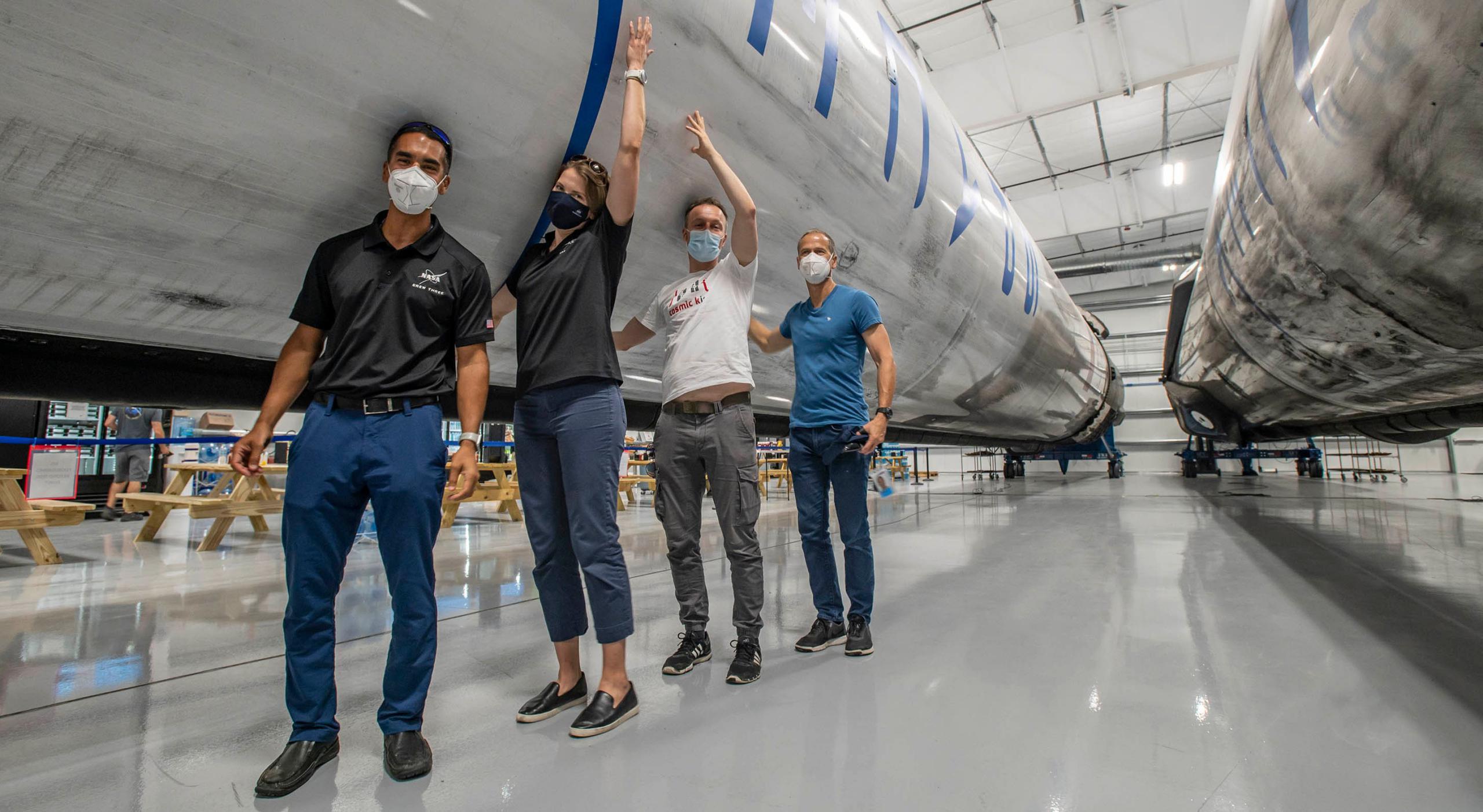 Crew Dragon Crew-3 (SpaceX) Chari Marshburn Barron Maurer HangarX F9 1 crop (c)