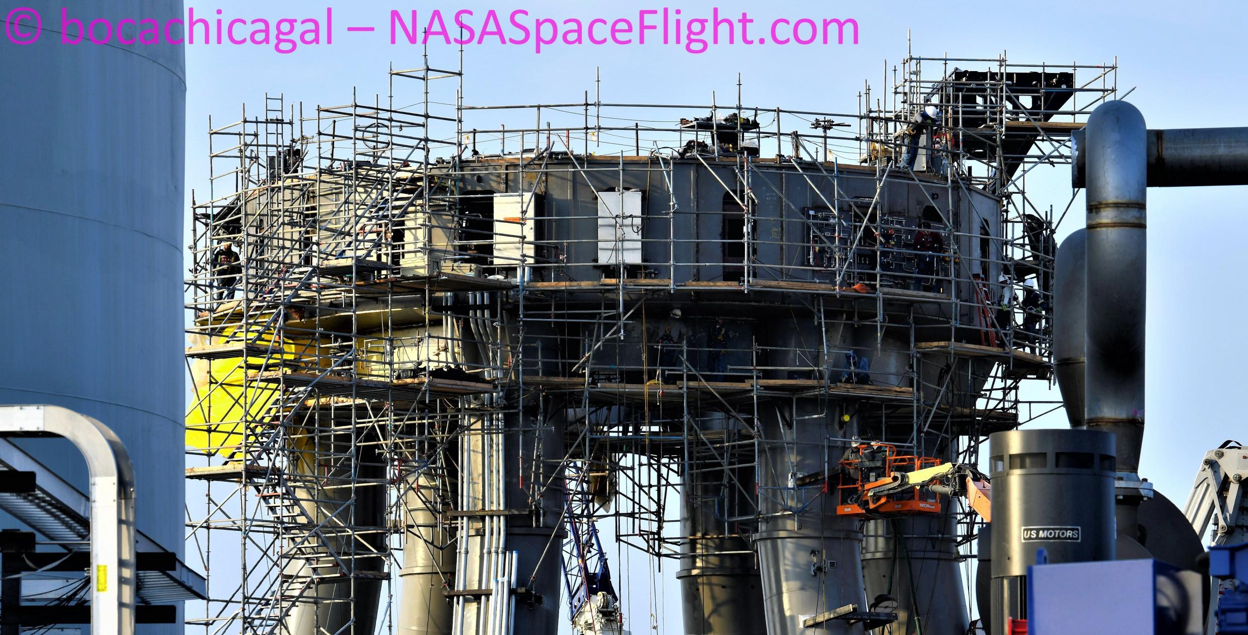 Starbase 090121 (NASASpaceflight – bocachicagal) orbital mount 1 crop (c)