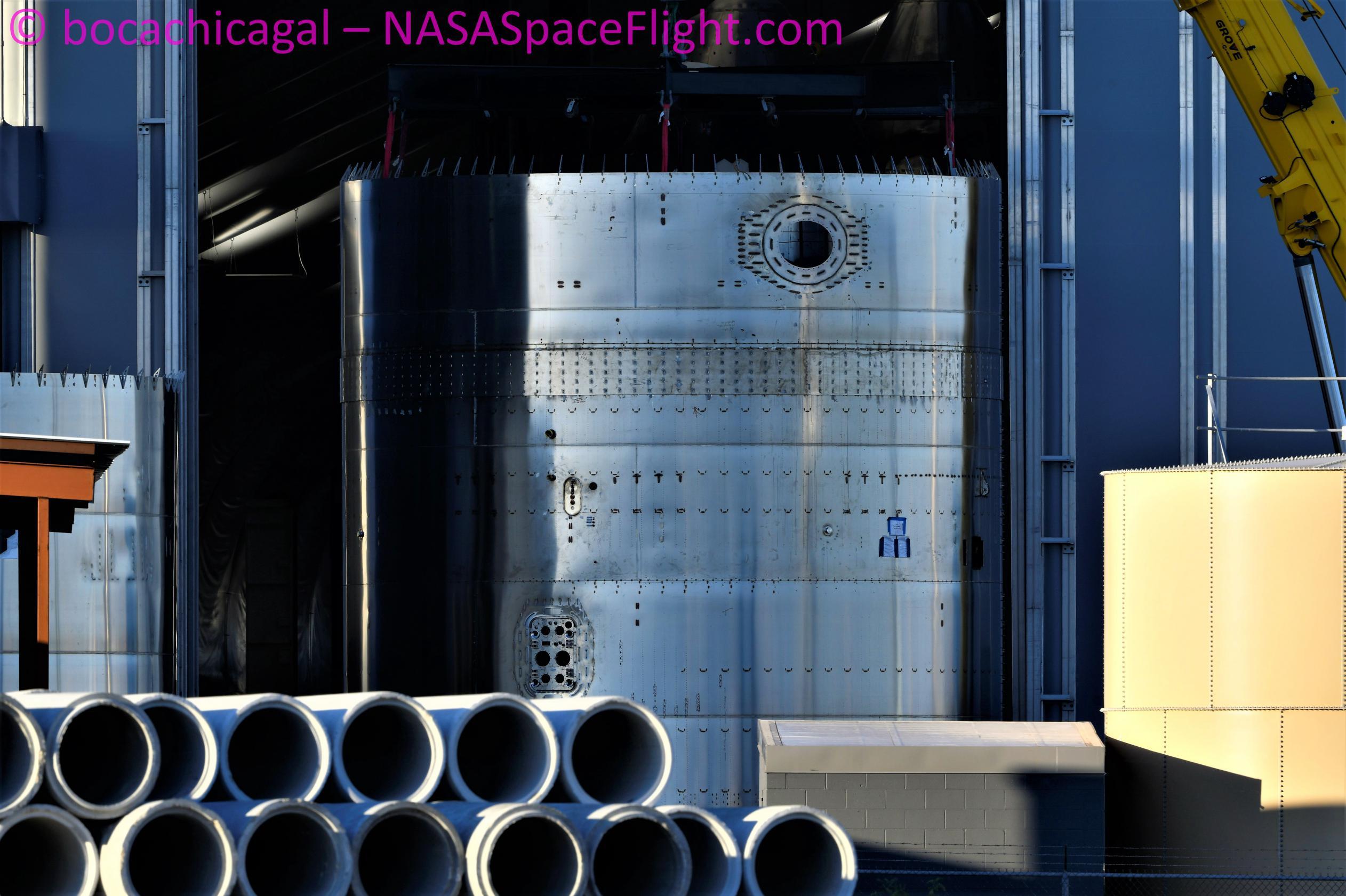 Starbase 092621 (NASASpaceflight – bocachicagal) S21 engine + skirt section 1 (c)