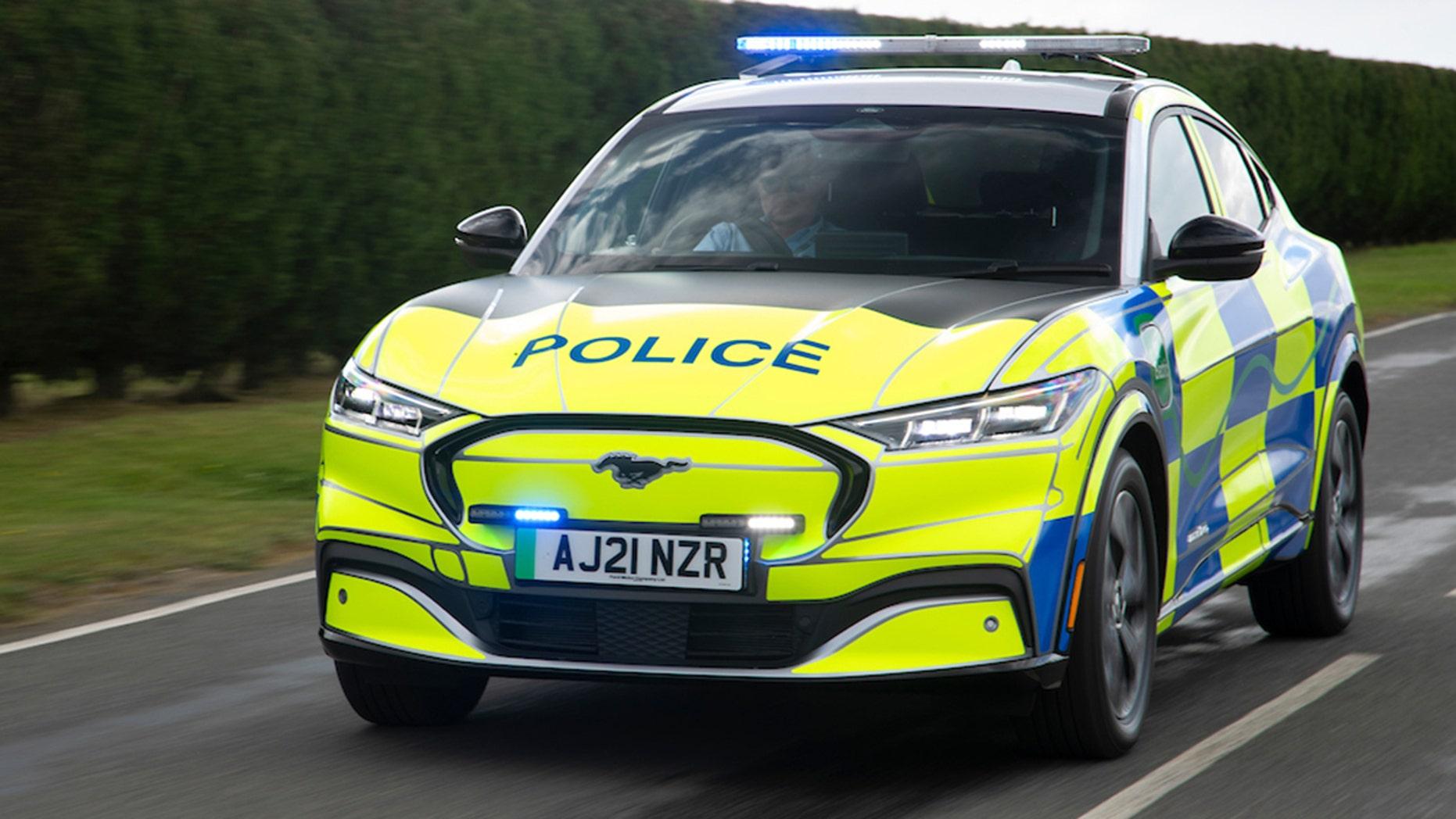 ford-mach-e-police-1