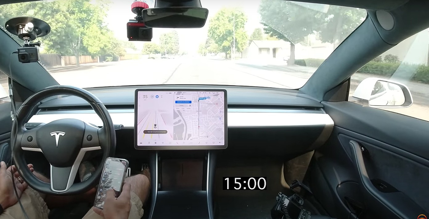 tesla-driver-monitoring-system (1)
