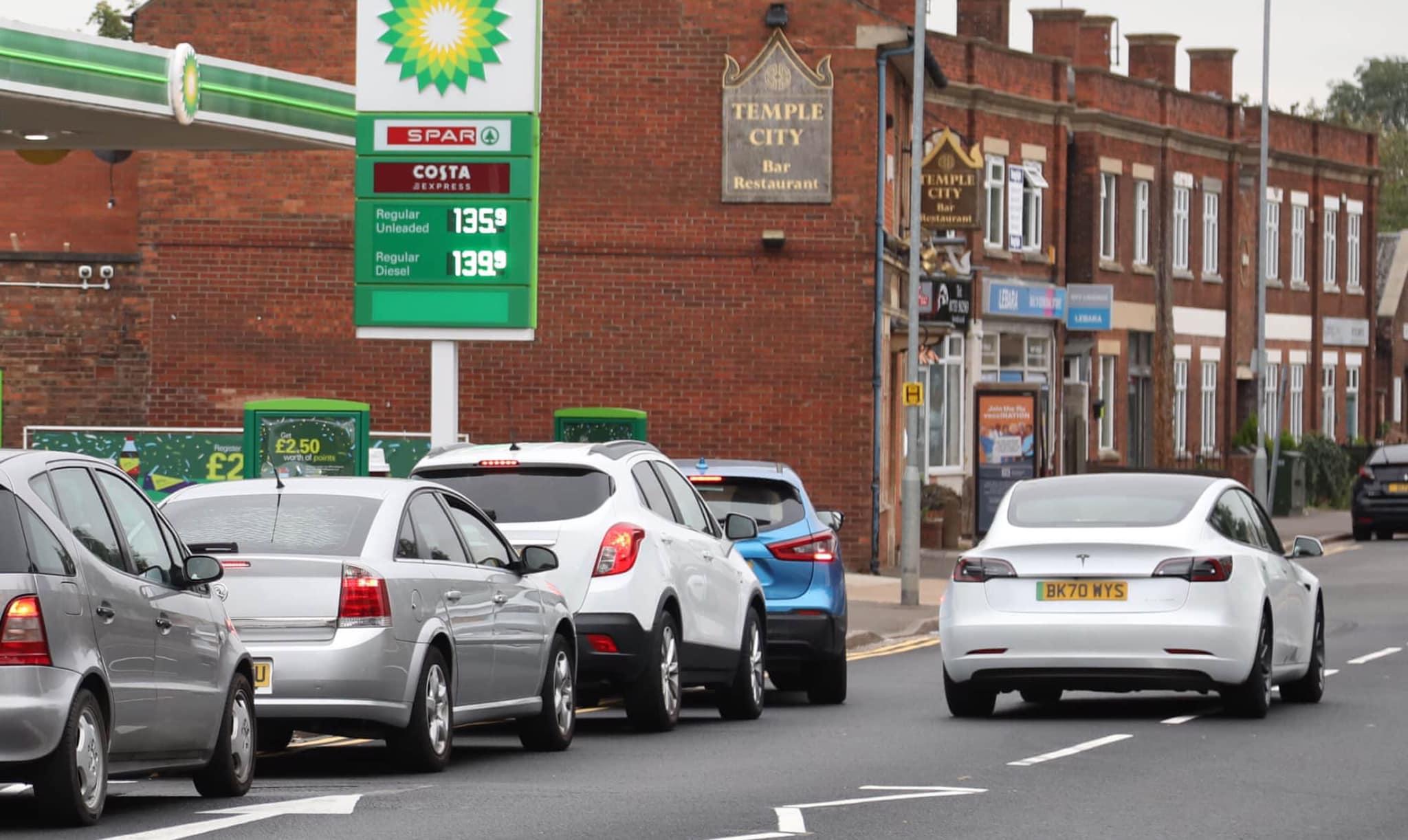 tesla-uk-gas-crisis