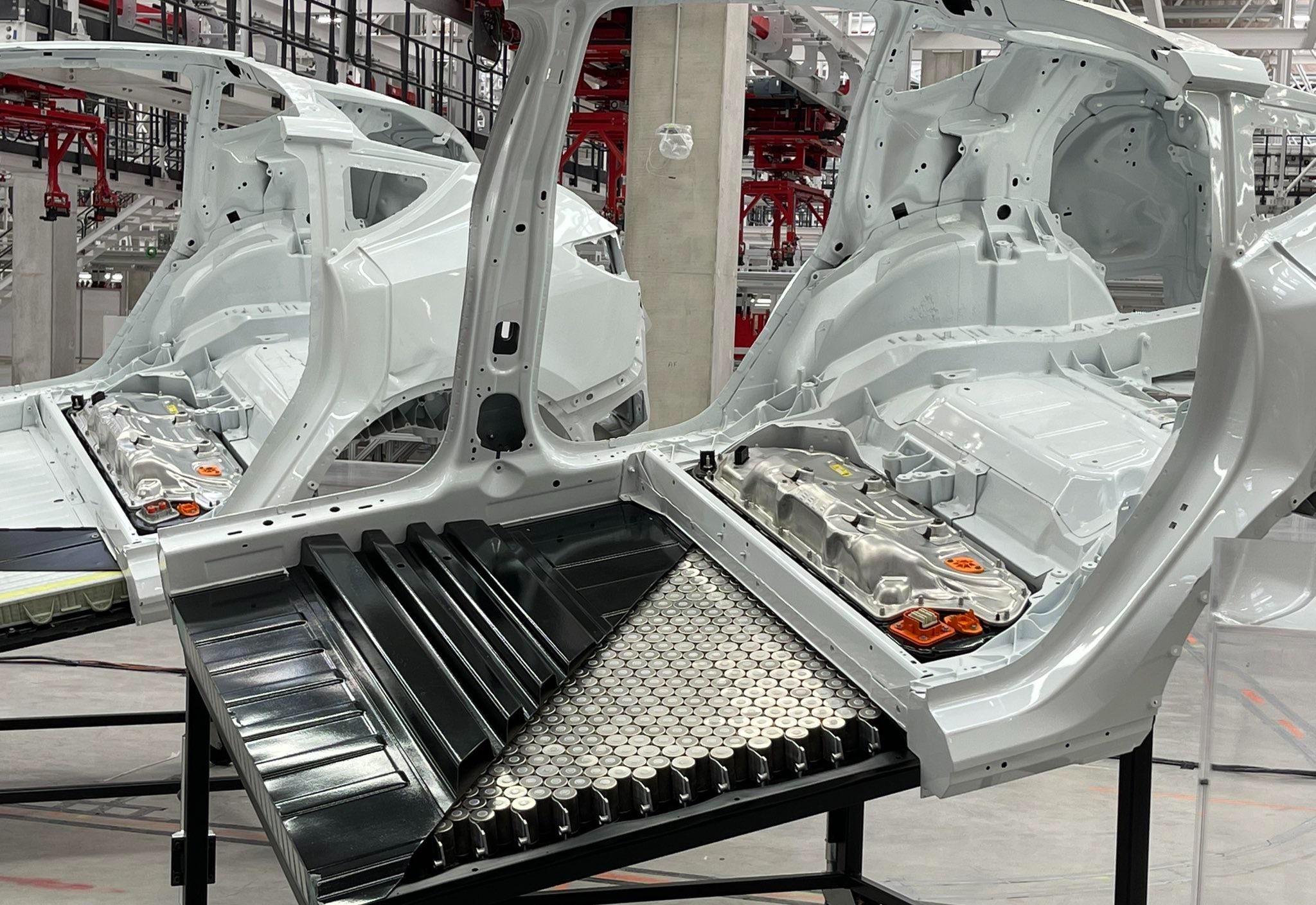 tesla-4680-model-y-structural-pack-giga-berlin