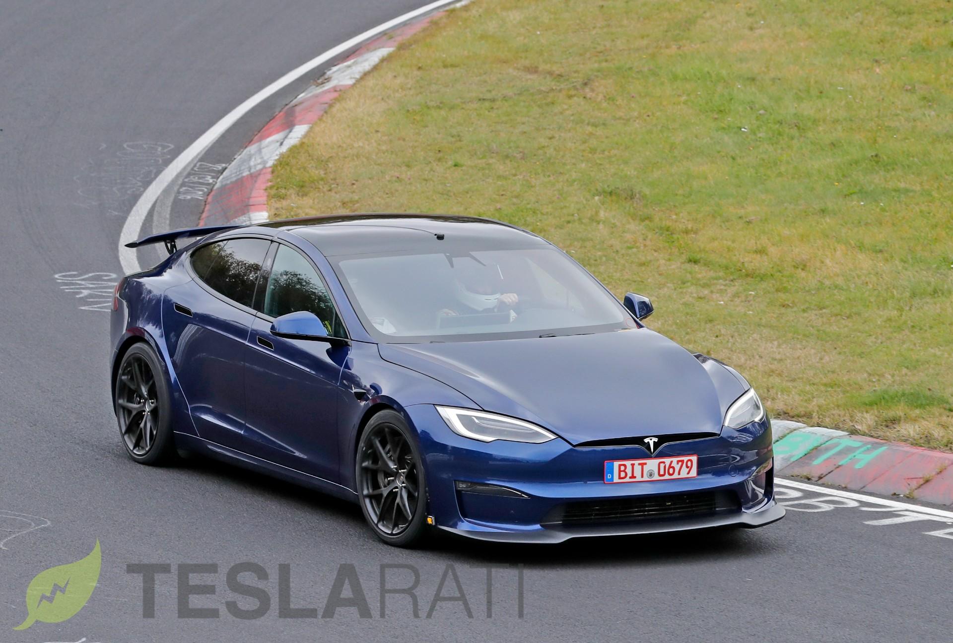 tesla-model-s-plaid-active-spoiler-nürburgring-track-pack-3