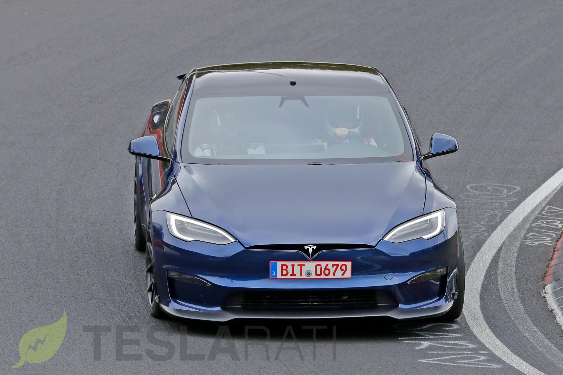 tesla-model-s-plaid-active-spoiler-nürburgring-track-pack-2