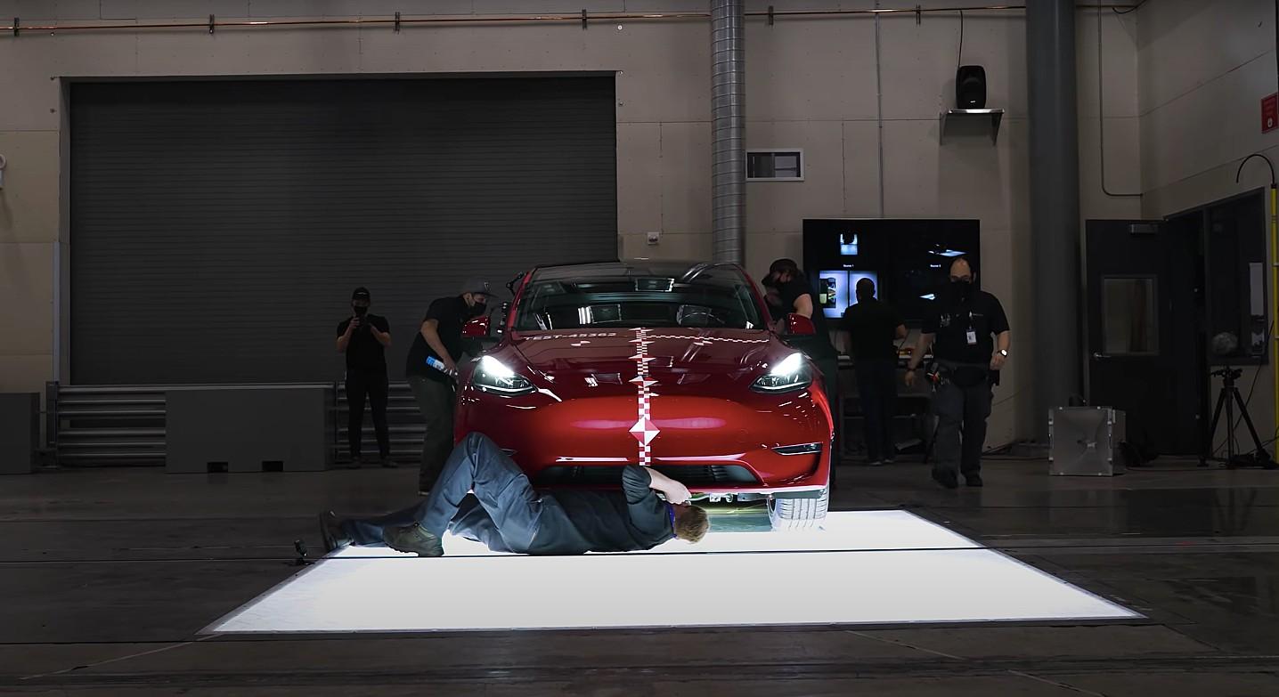 tesla-vehicle-crash-lab